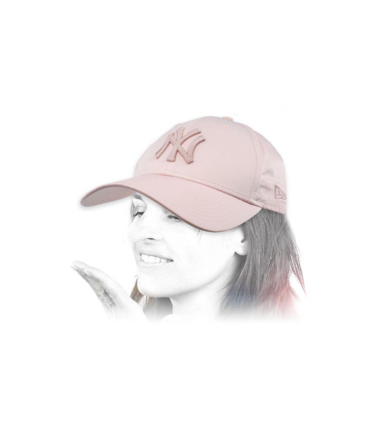 NY pet vrouw roze