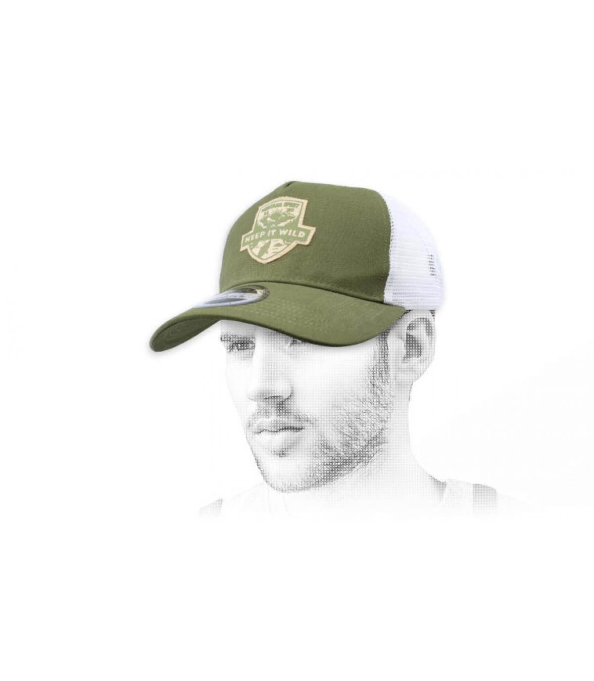 Wilde groene trucker