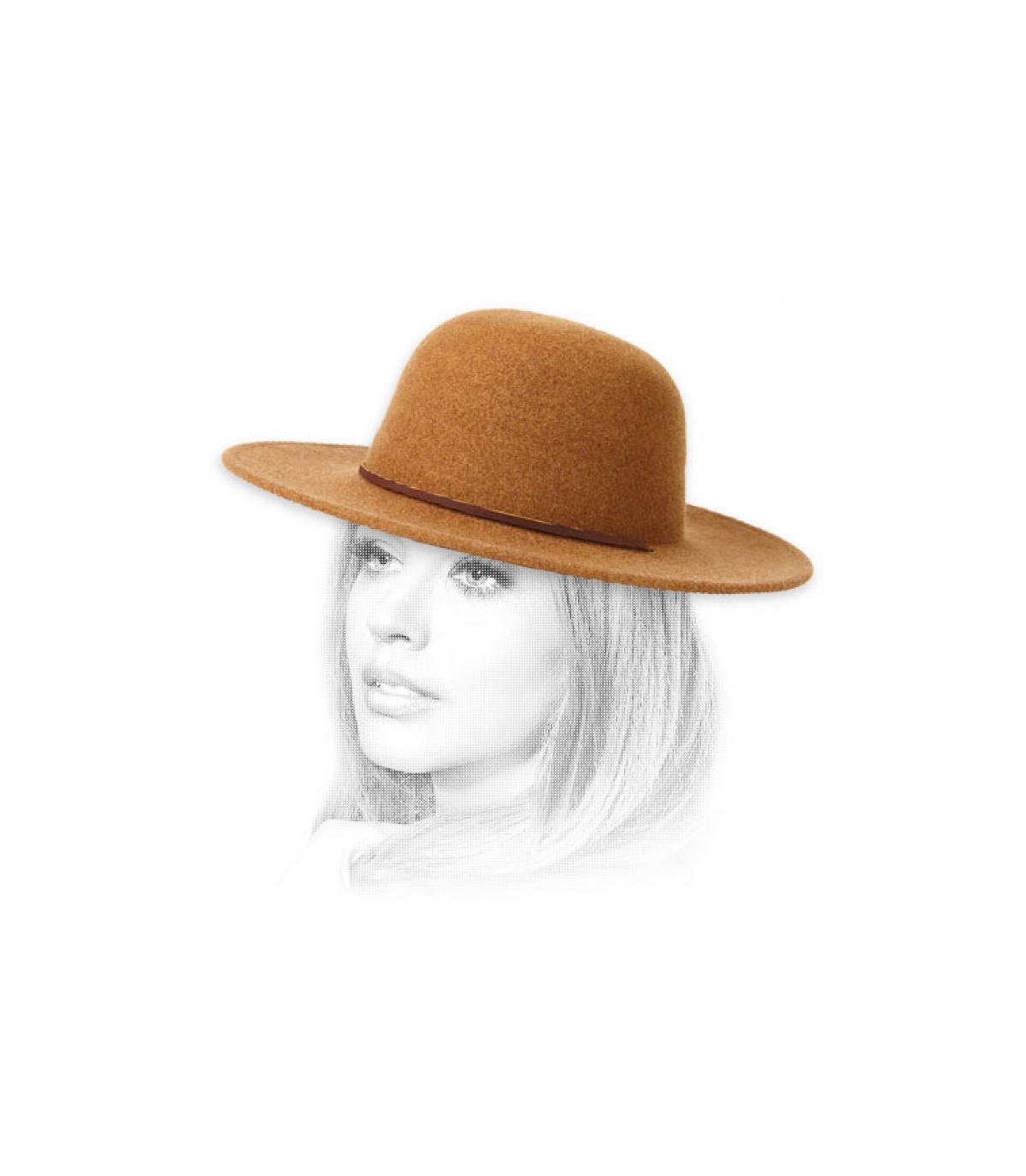 vilten hoed vrouw beige