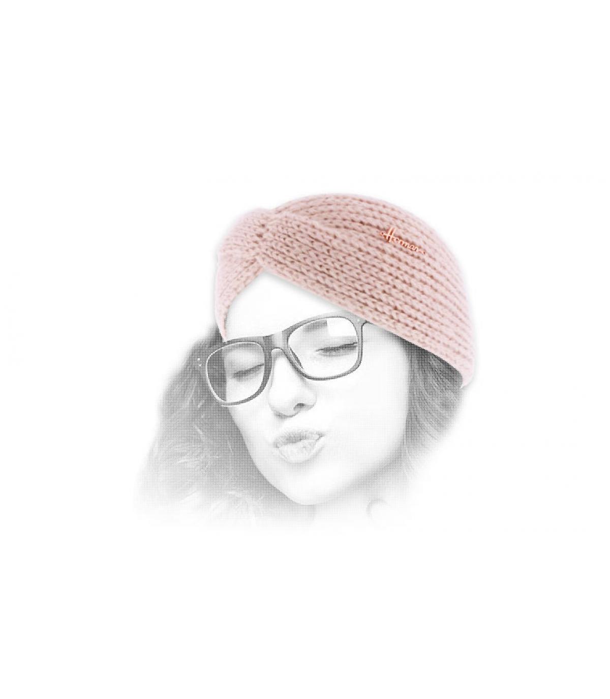 roze vrouw hoofdband