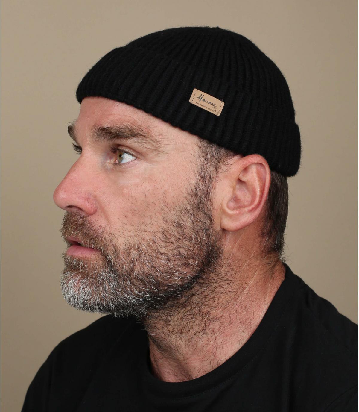 zwarte docker hoed