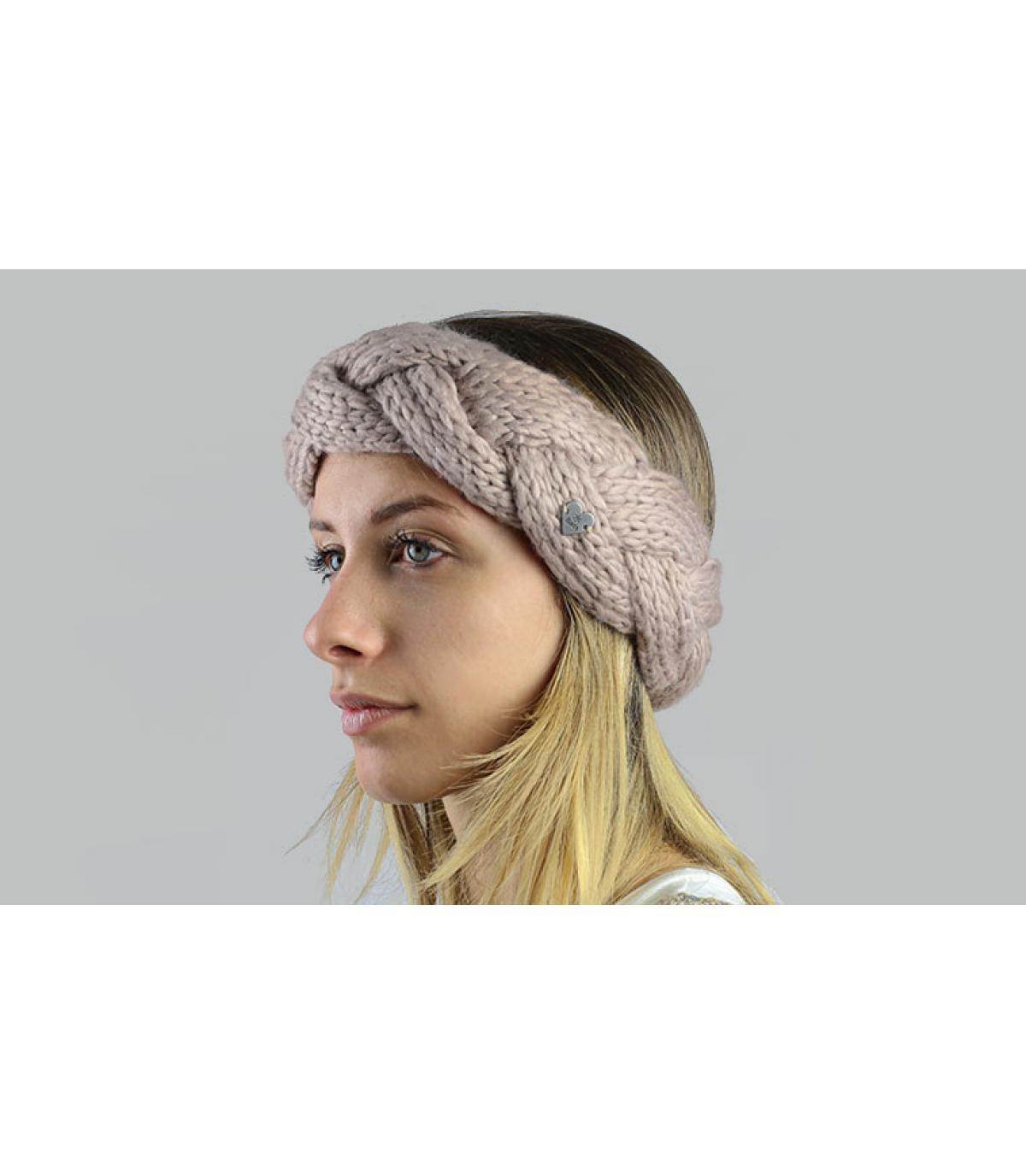 Beigekleurige plaited hoofdband