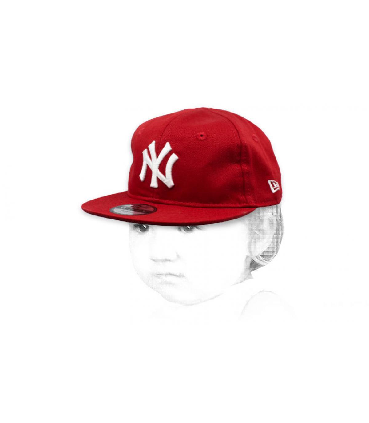 NY rood wit mutsje