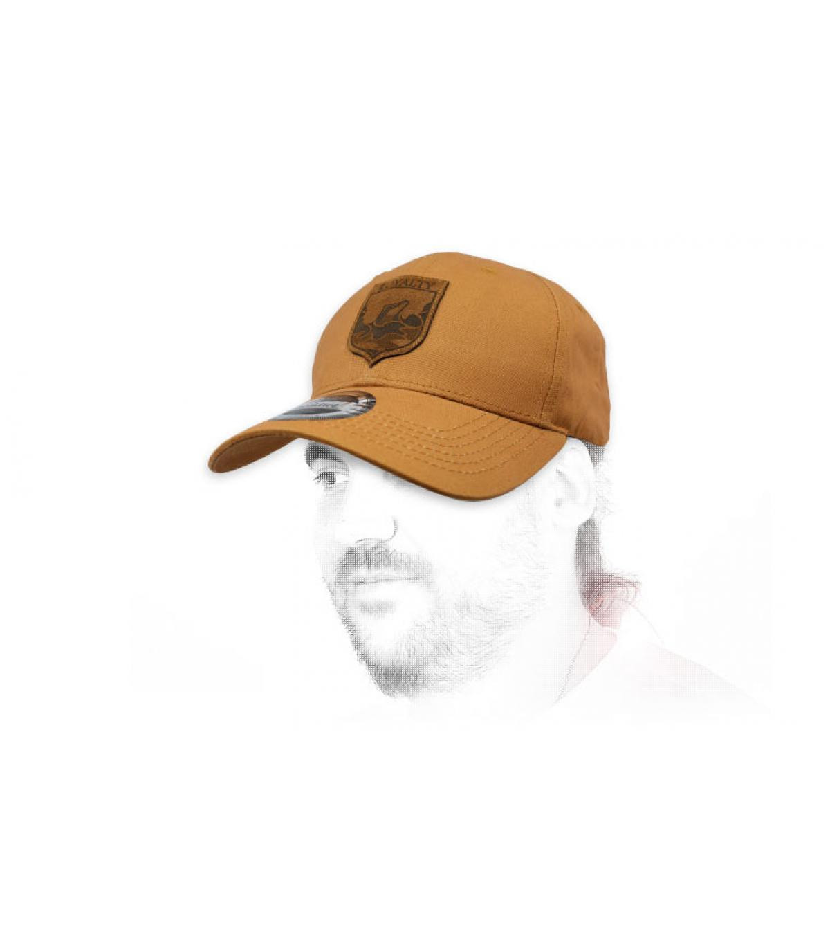 beige Loyalty cap