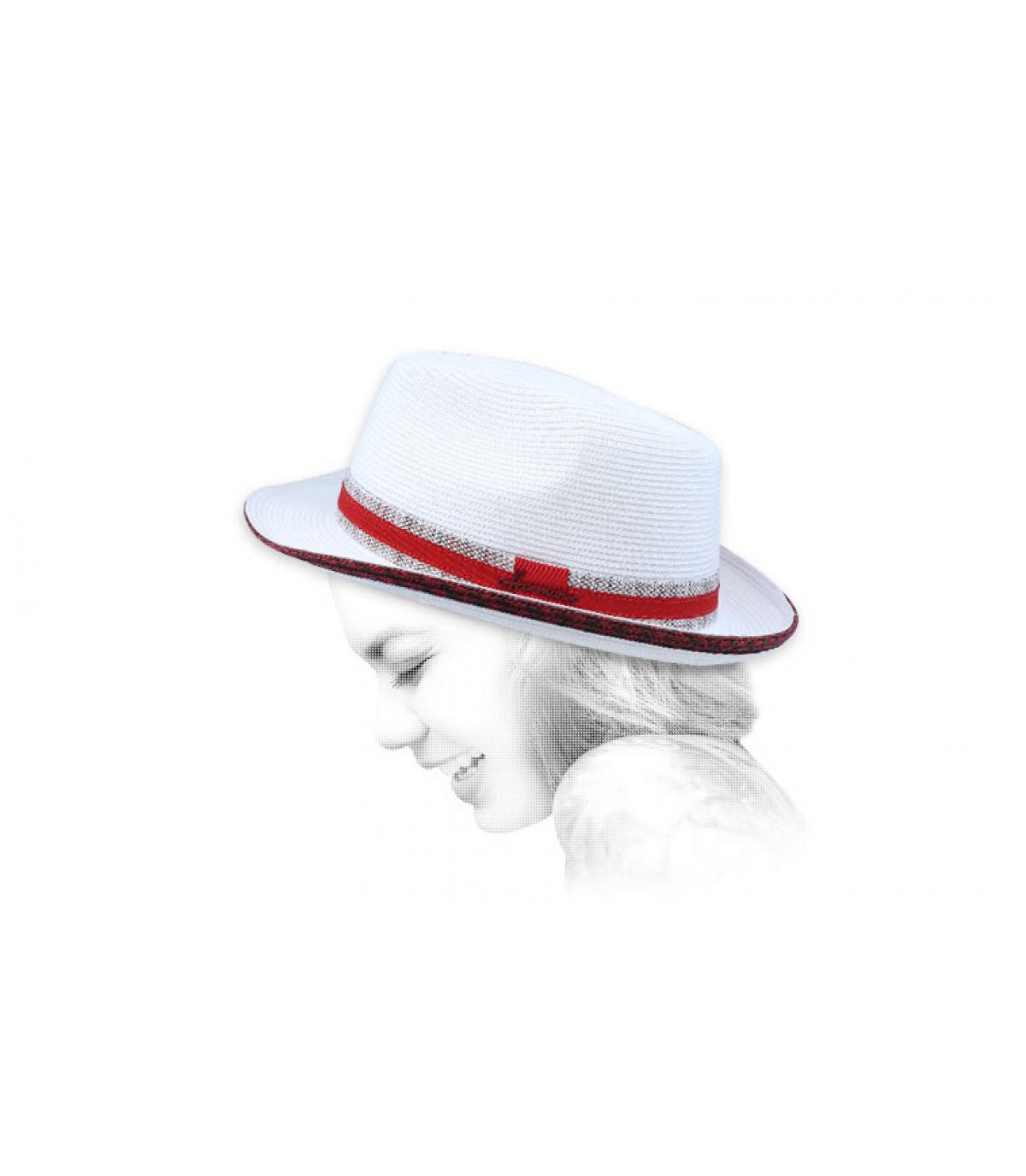 witte hoed rode vlecht
