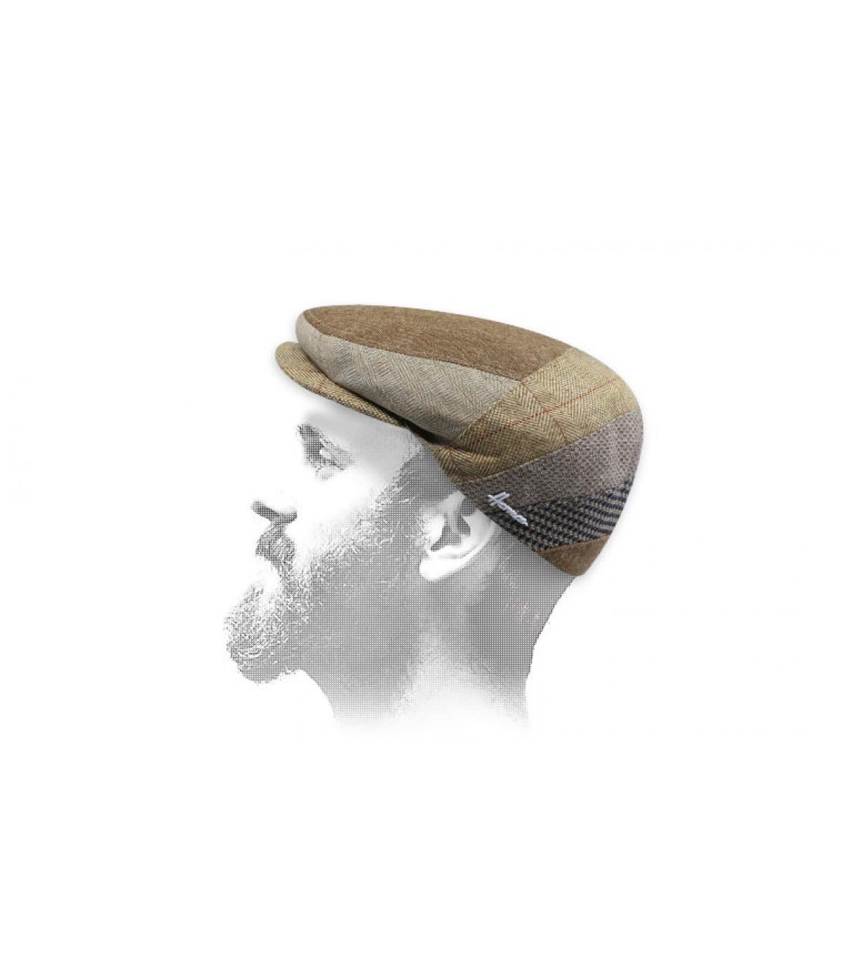 Beige zijde baret