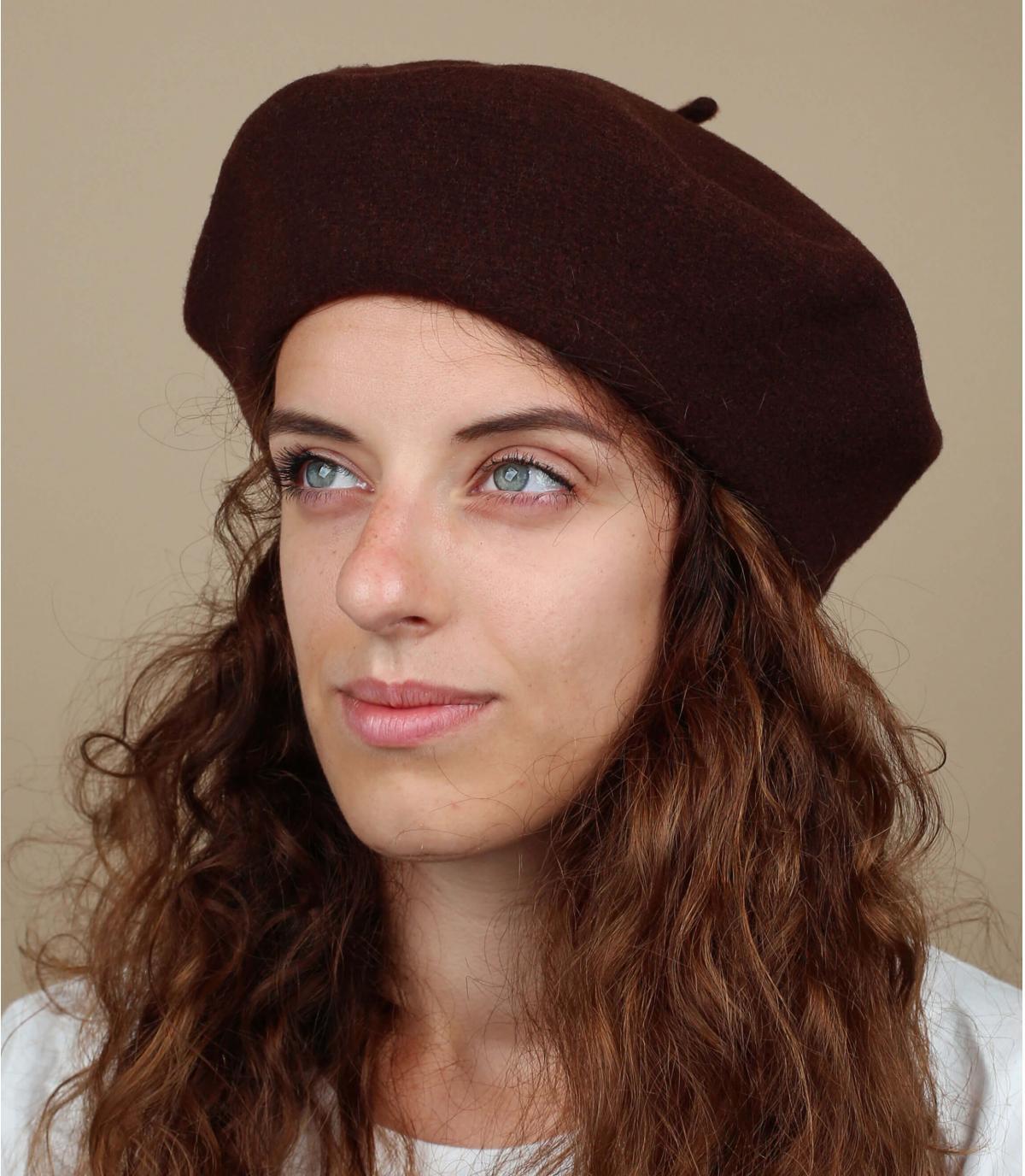 Bruine franse baret