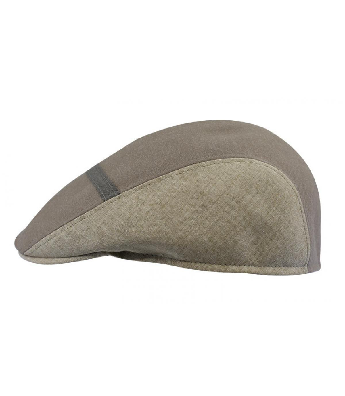 beige baret