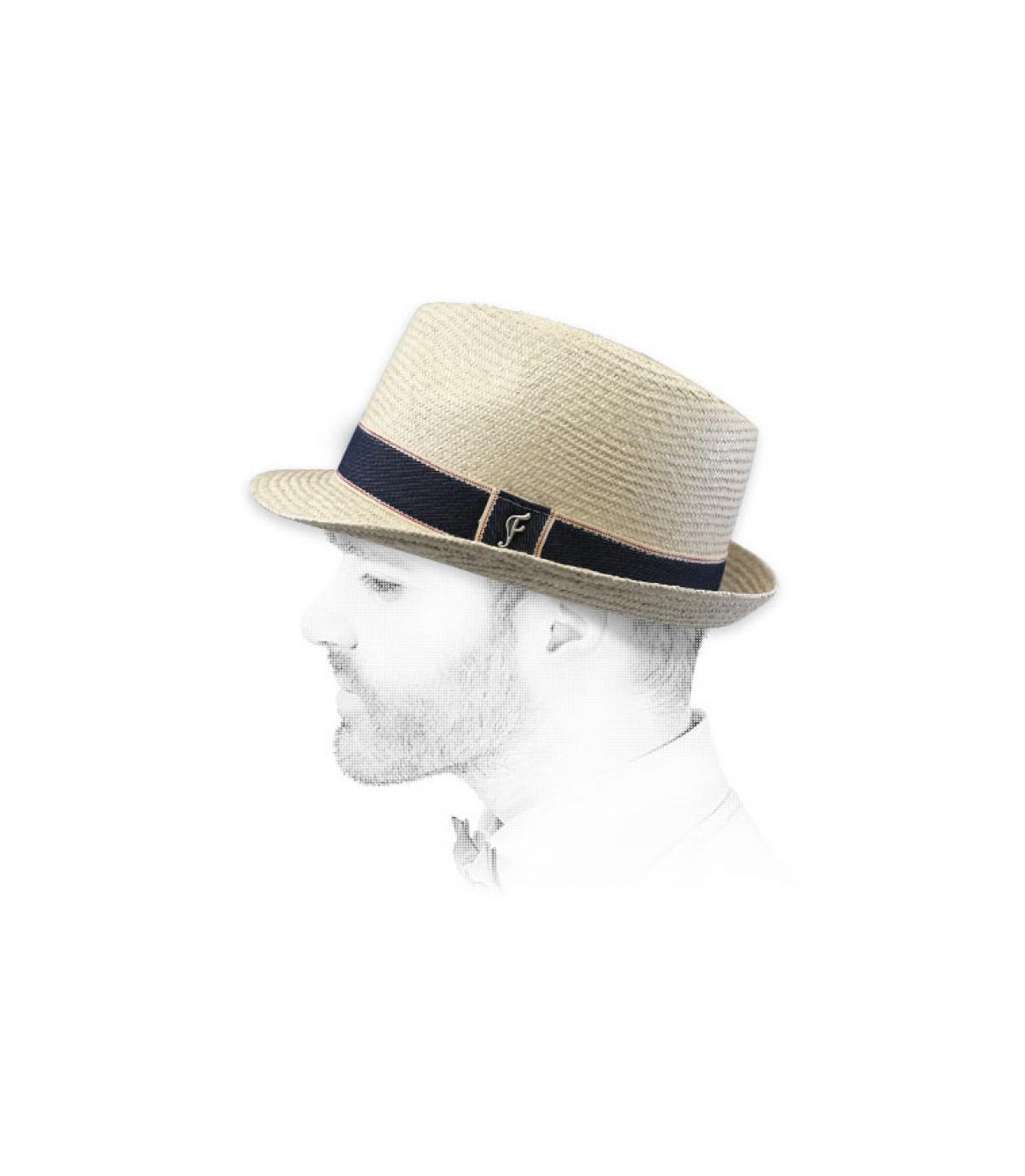 trilby beige stro