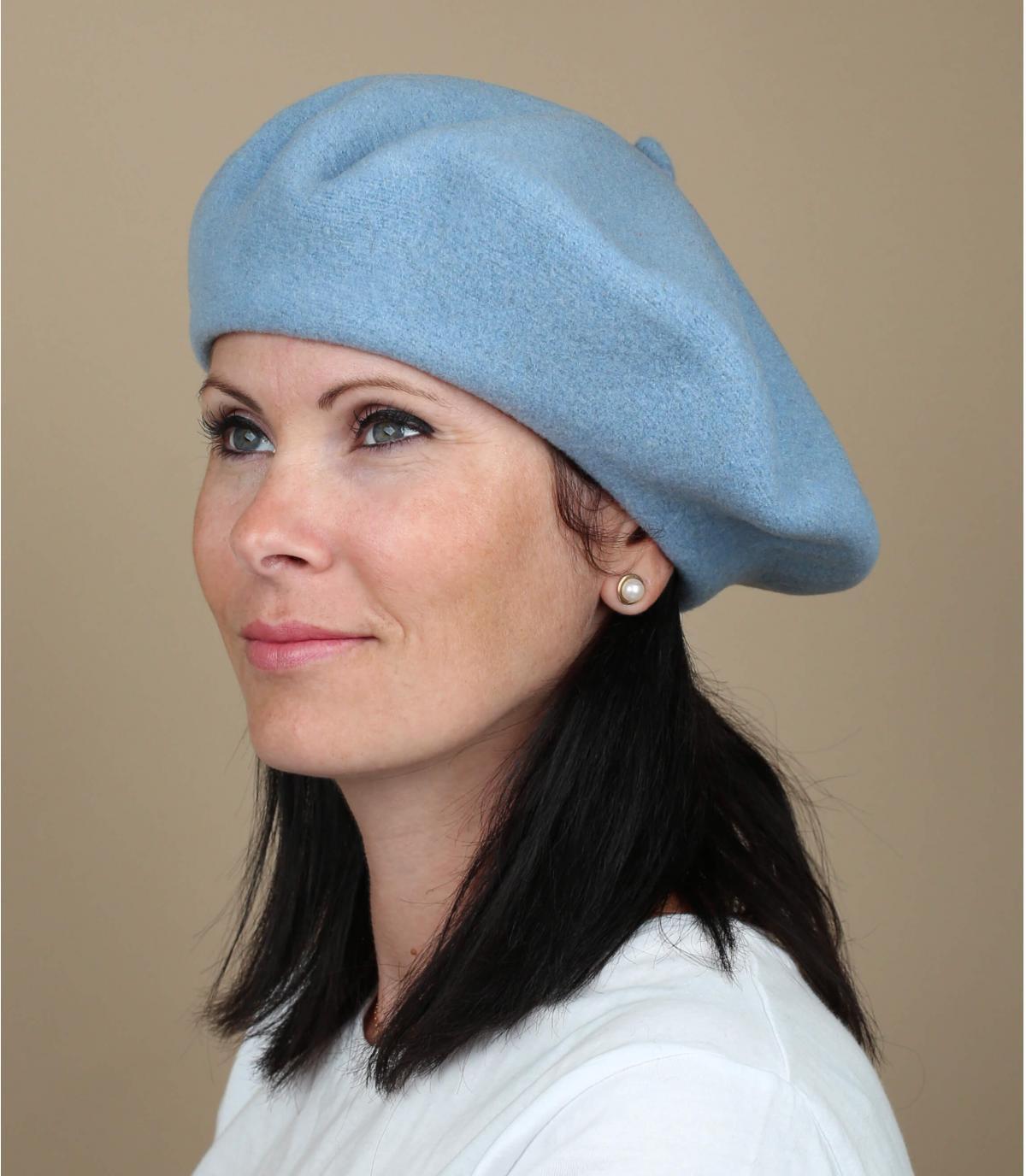 Lichtblauwe franse baret