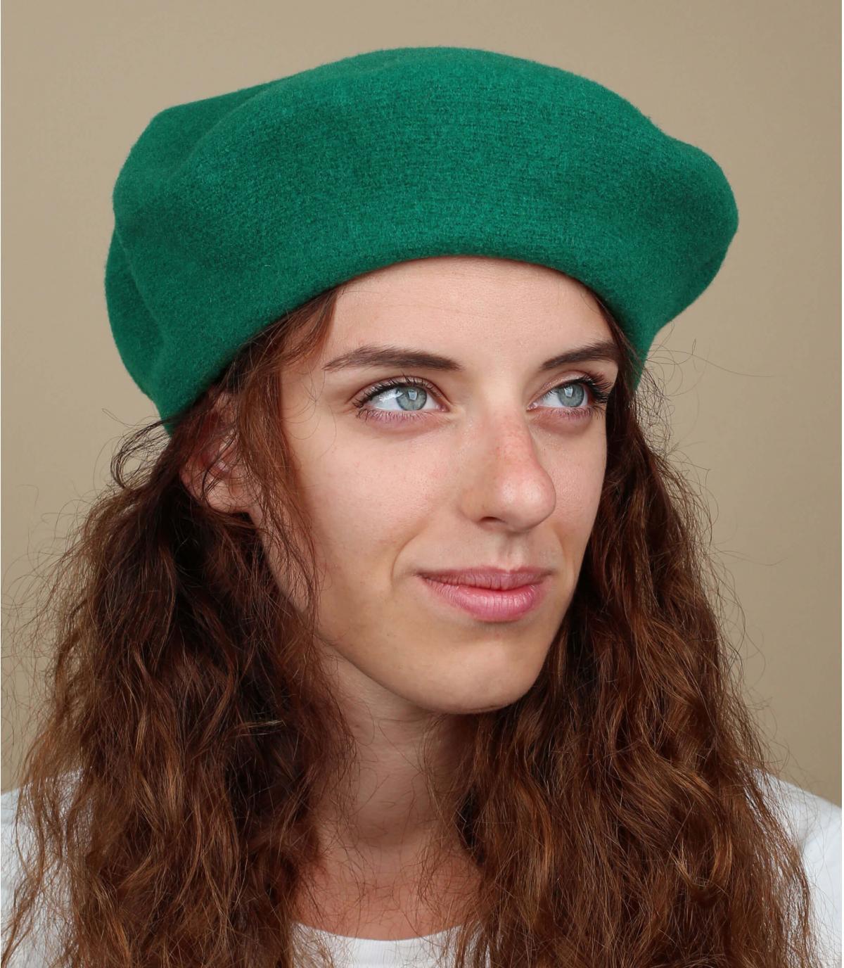 Groene franse baret