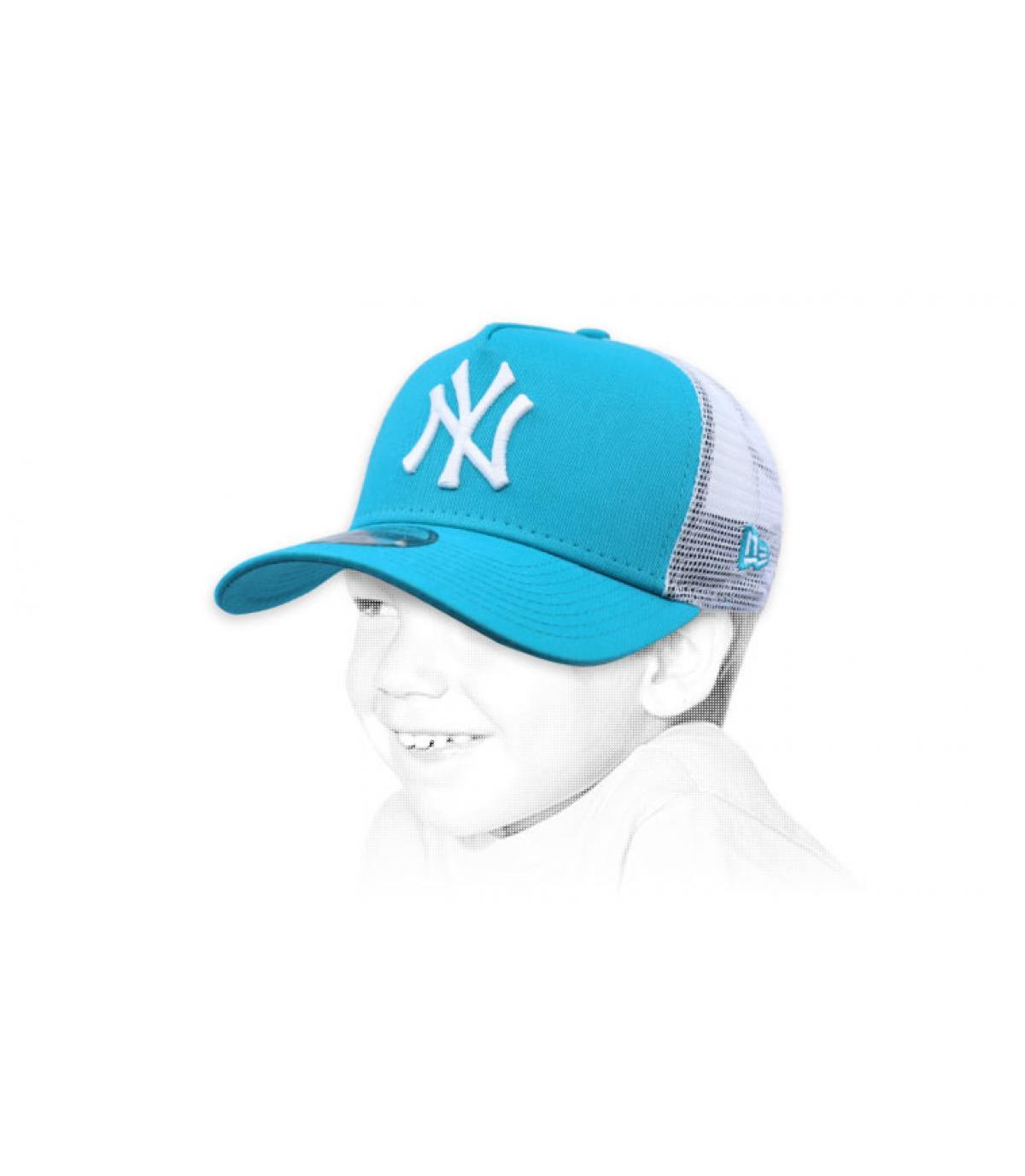 blauwe kind trucker NY