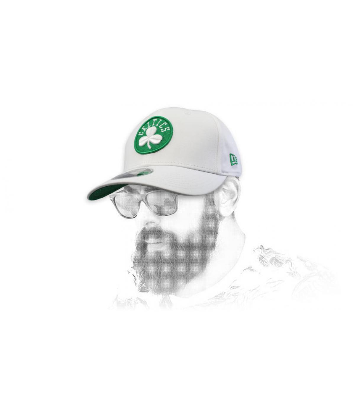 witte Celtics cap