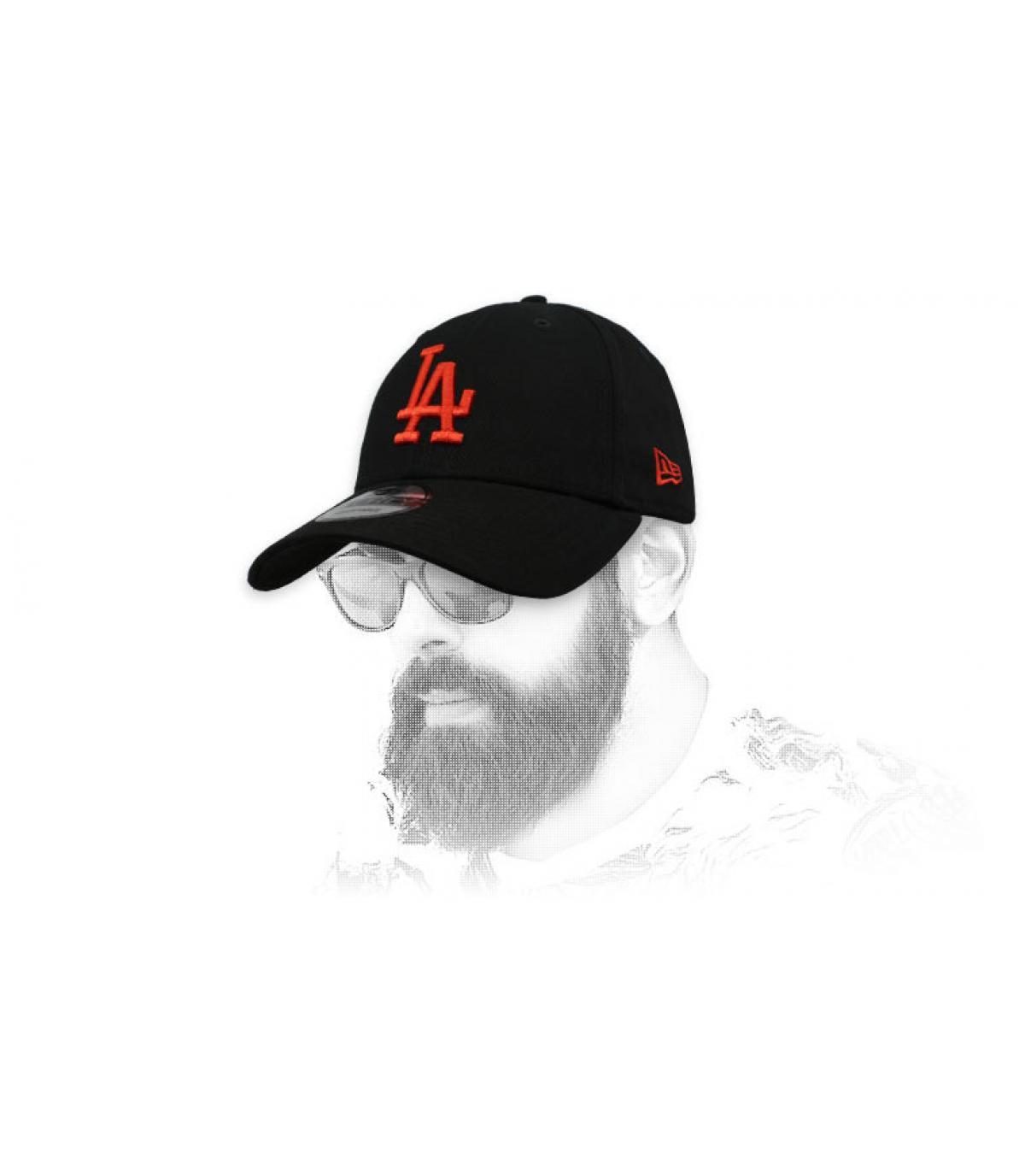 kap LA zwart rood