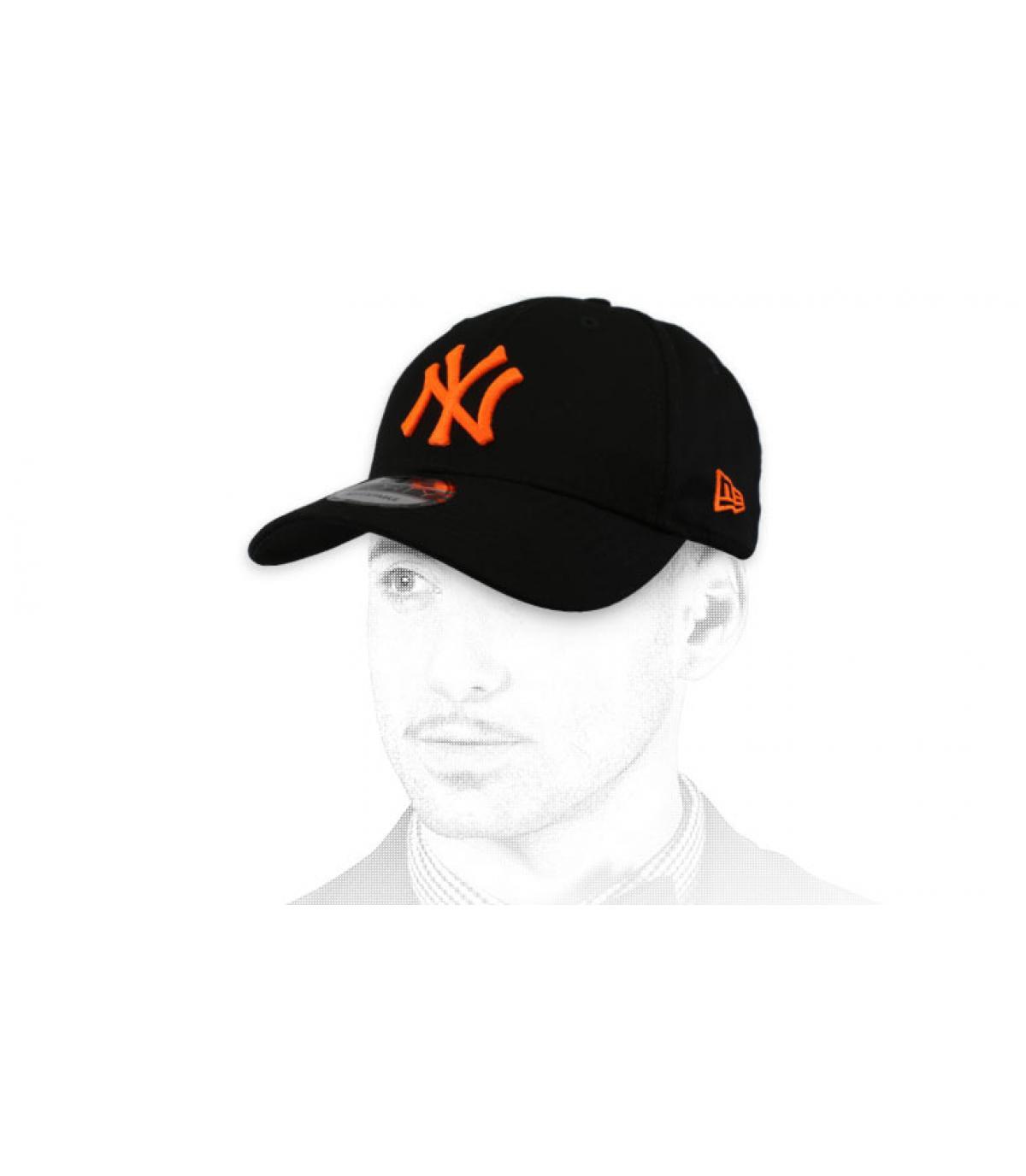 pet NY zwart oranje
