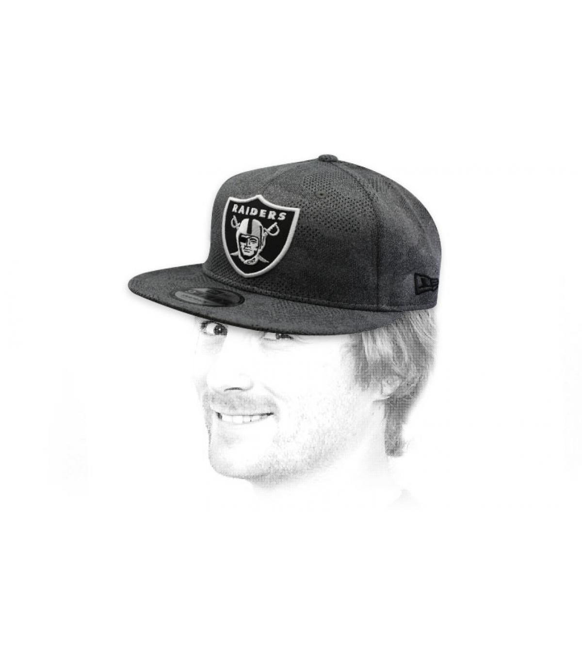 snapback Raiders grijs zwart