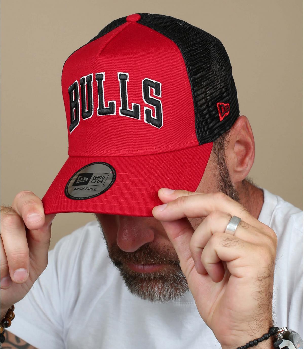 rode Bulls-trucker