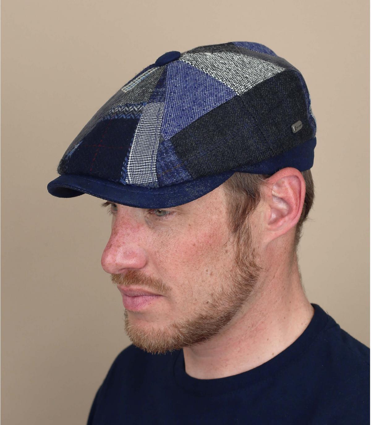 baret krantenverkoper patchwork blauwe wol