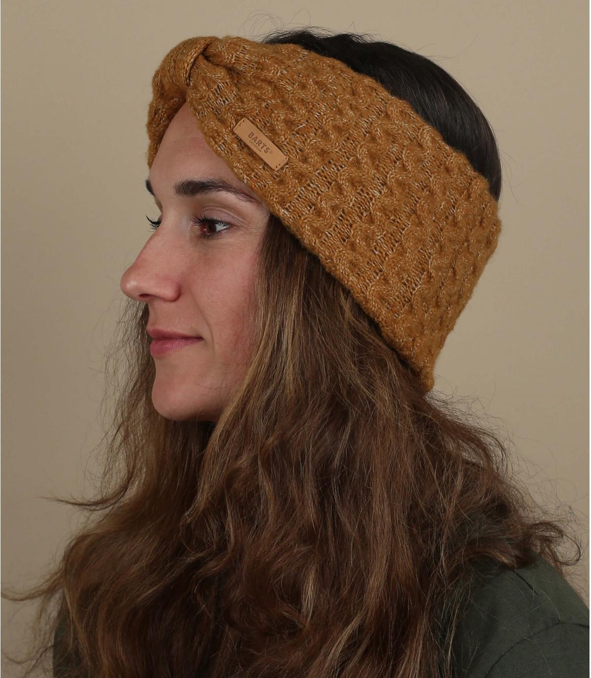 beige gebreide hoofdband