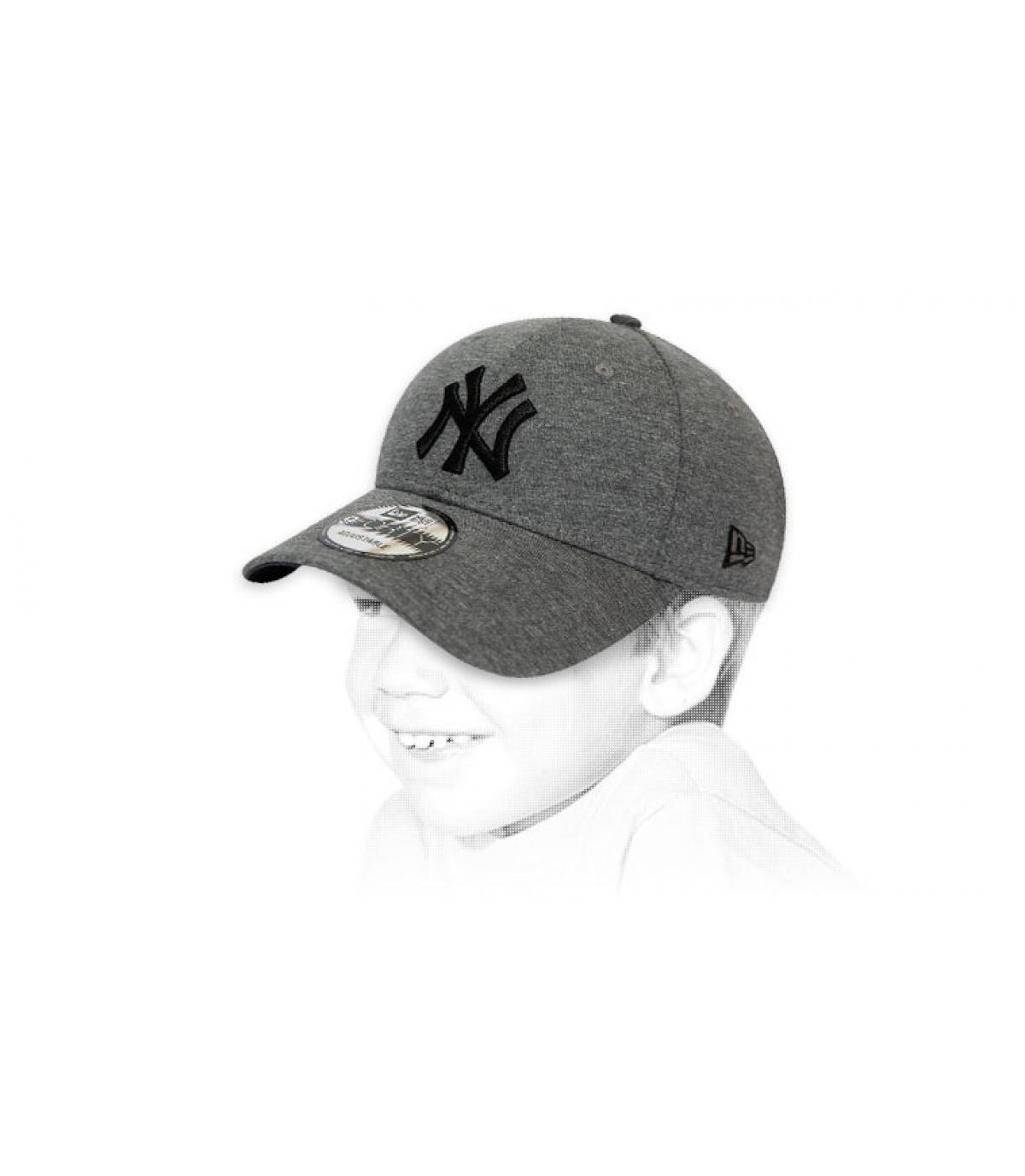 kindermuts NY grijs