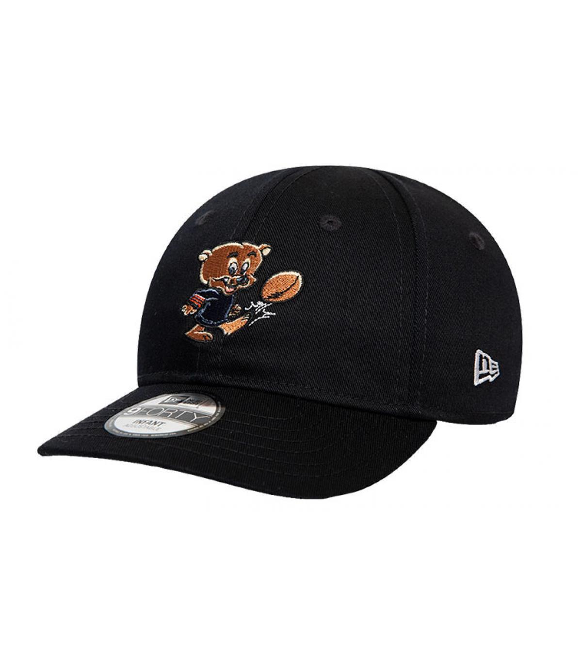 Draagt zwarte baby cap