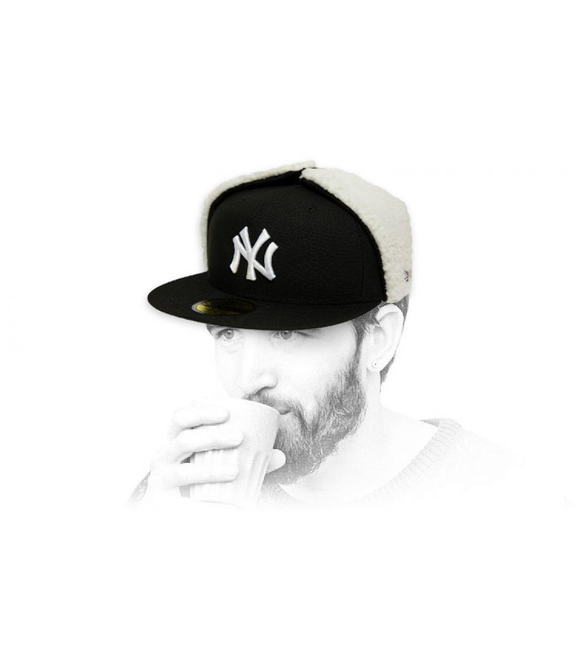 dop NY zwart wit beschermt oren