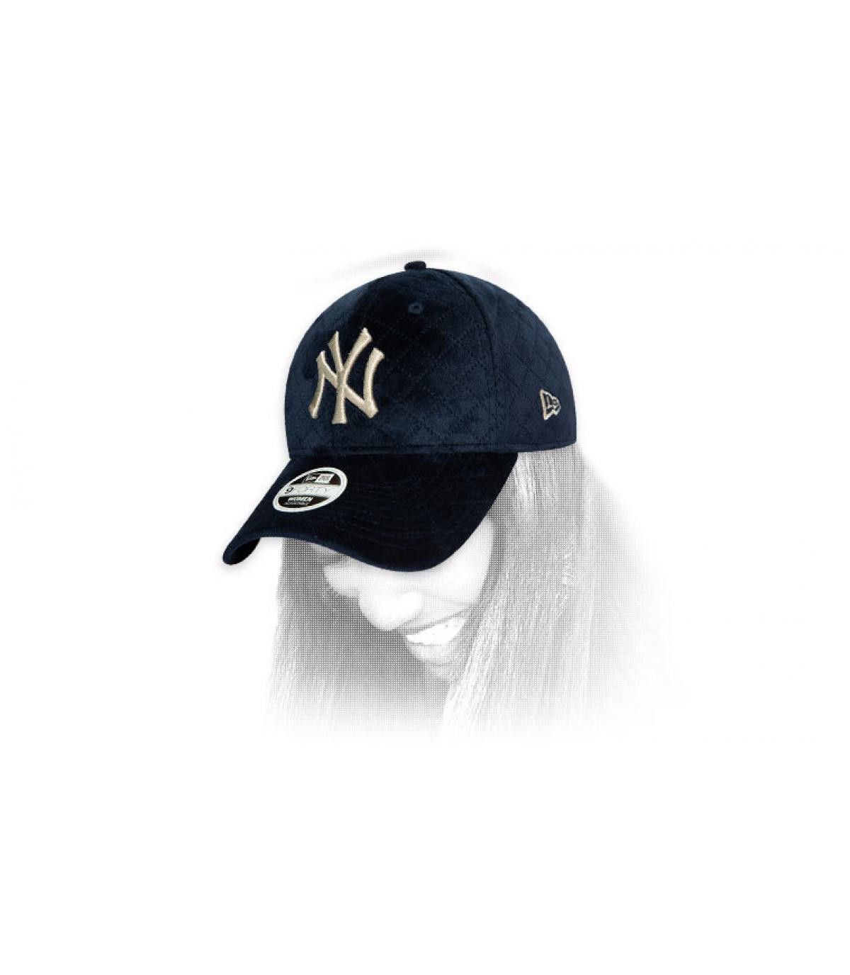 cap vrouw NY blauw