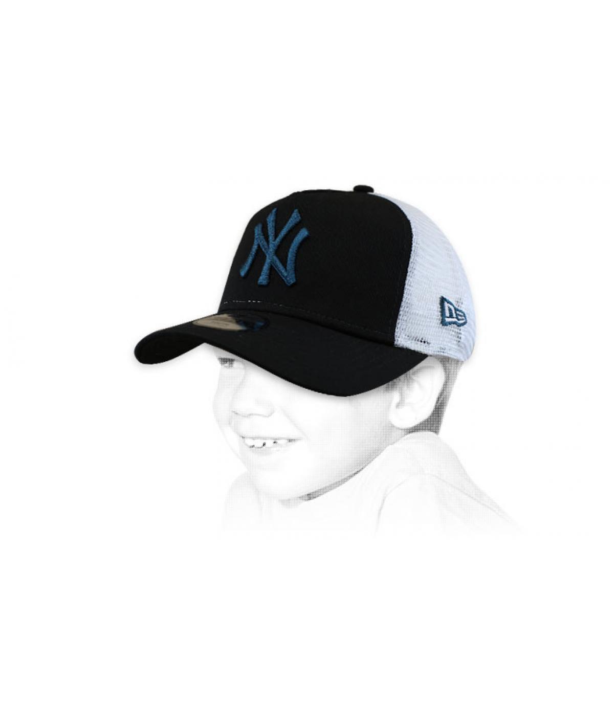 zwart kind trucker NY