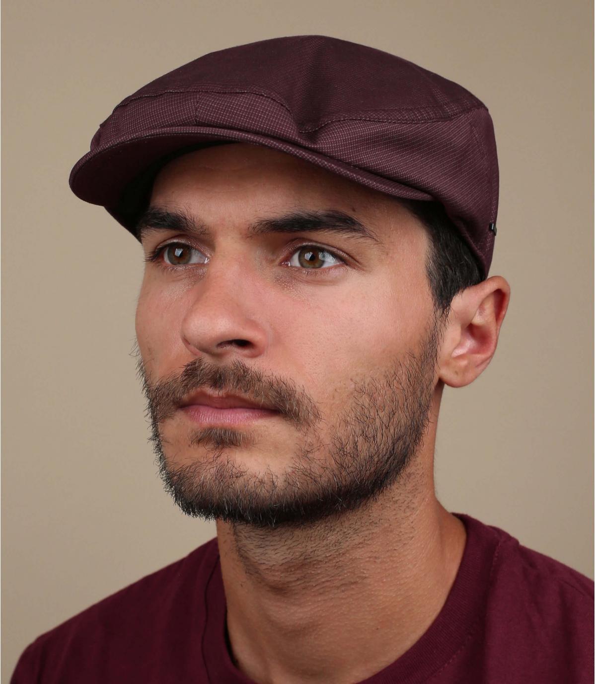 vestingmuur Bourgondië baret
