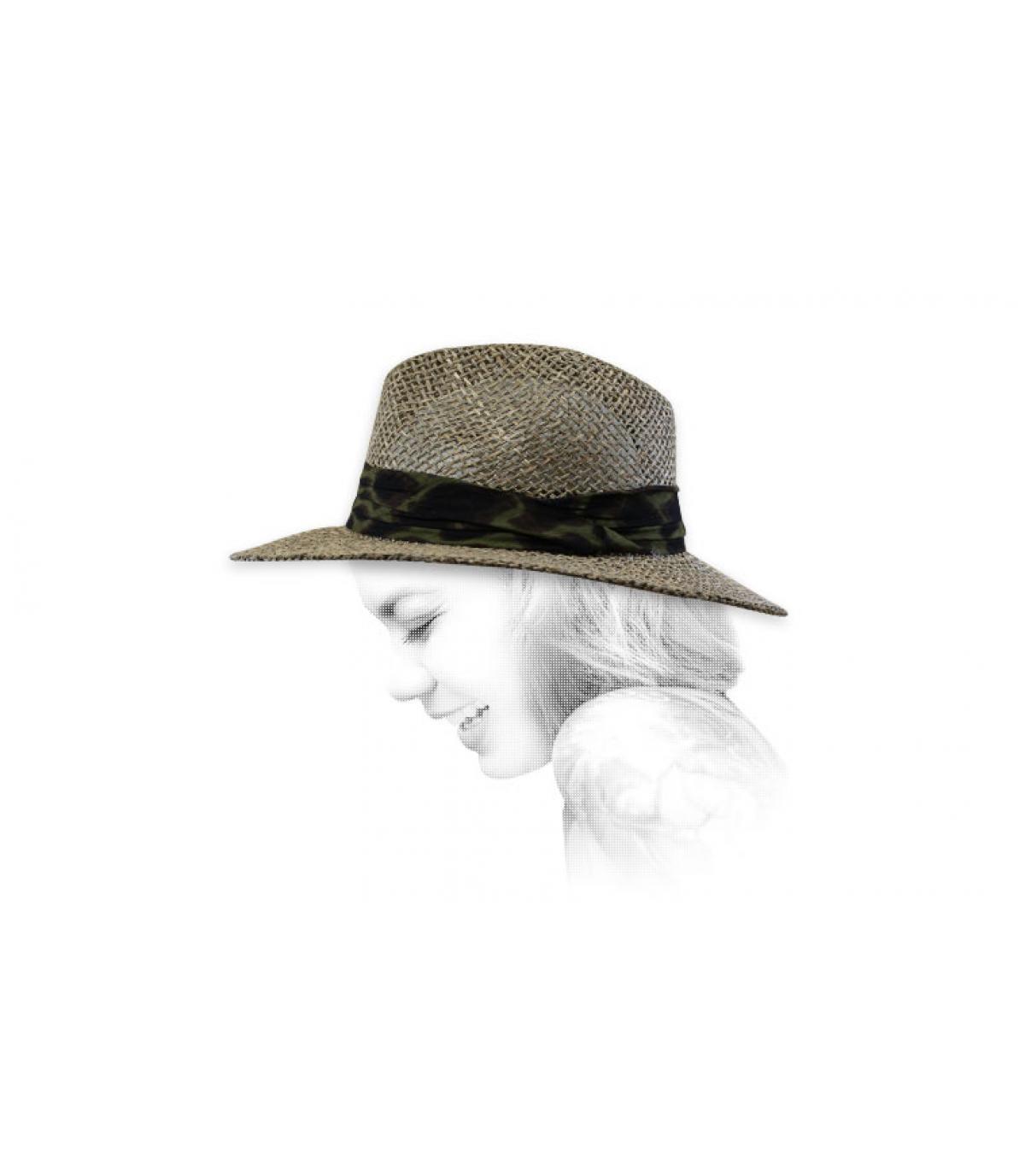 cappello di paglia con treccia stampata