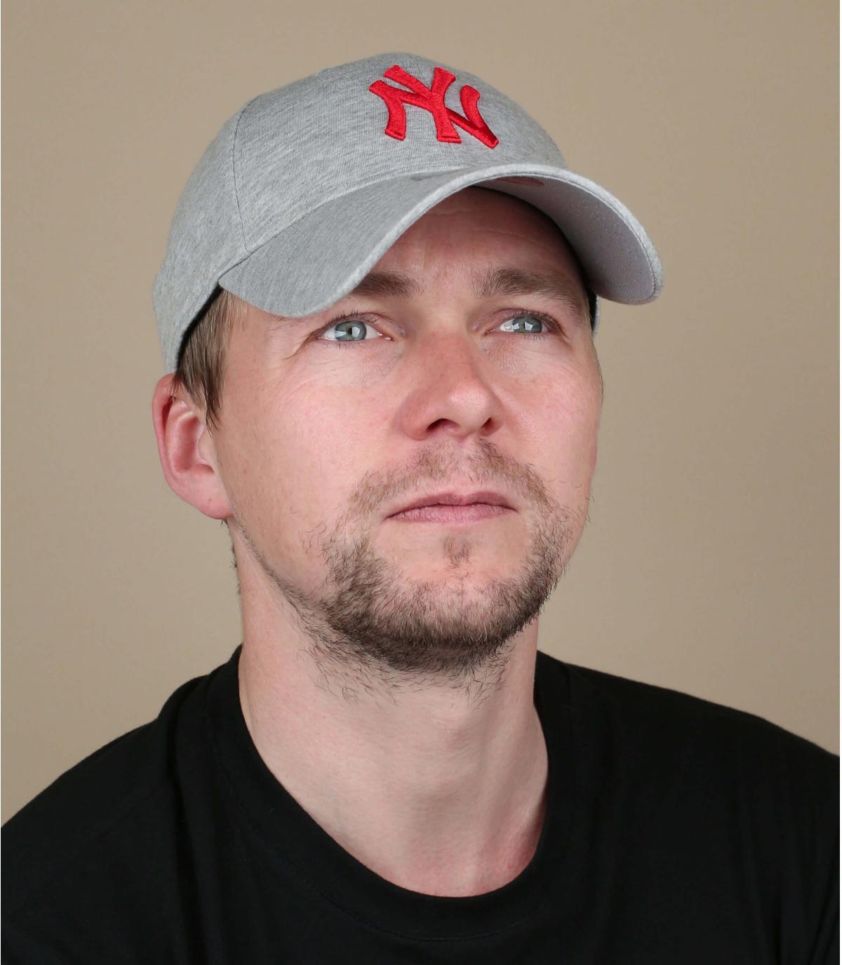 rood grijze NY cap