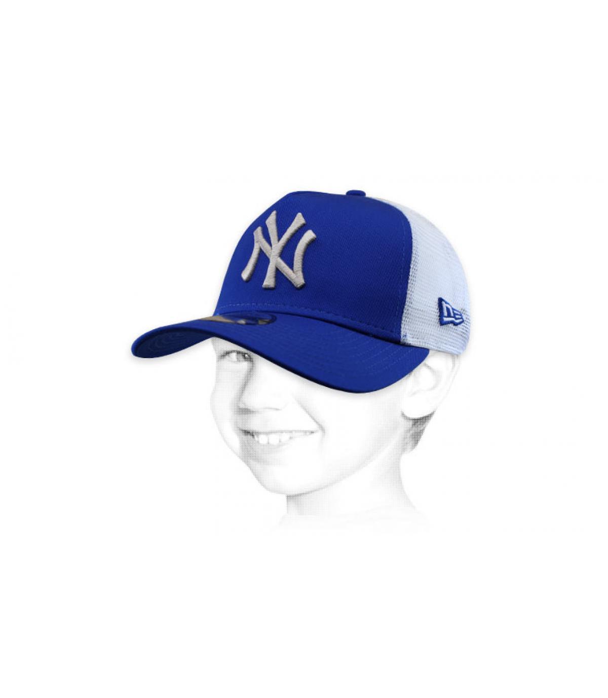 blauwe NY trucker