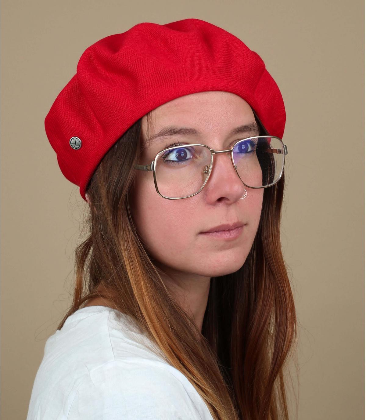 rode katoenen baret