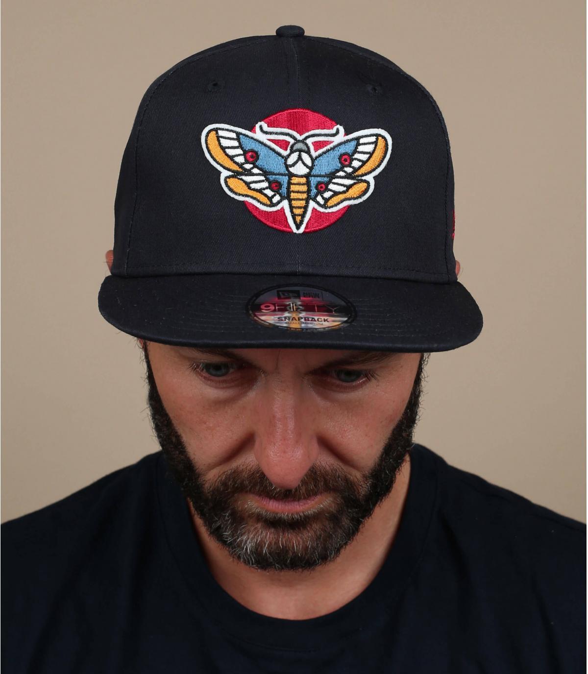 zwarte vlinder cap