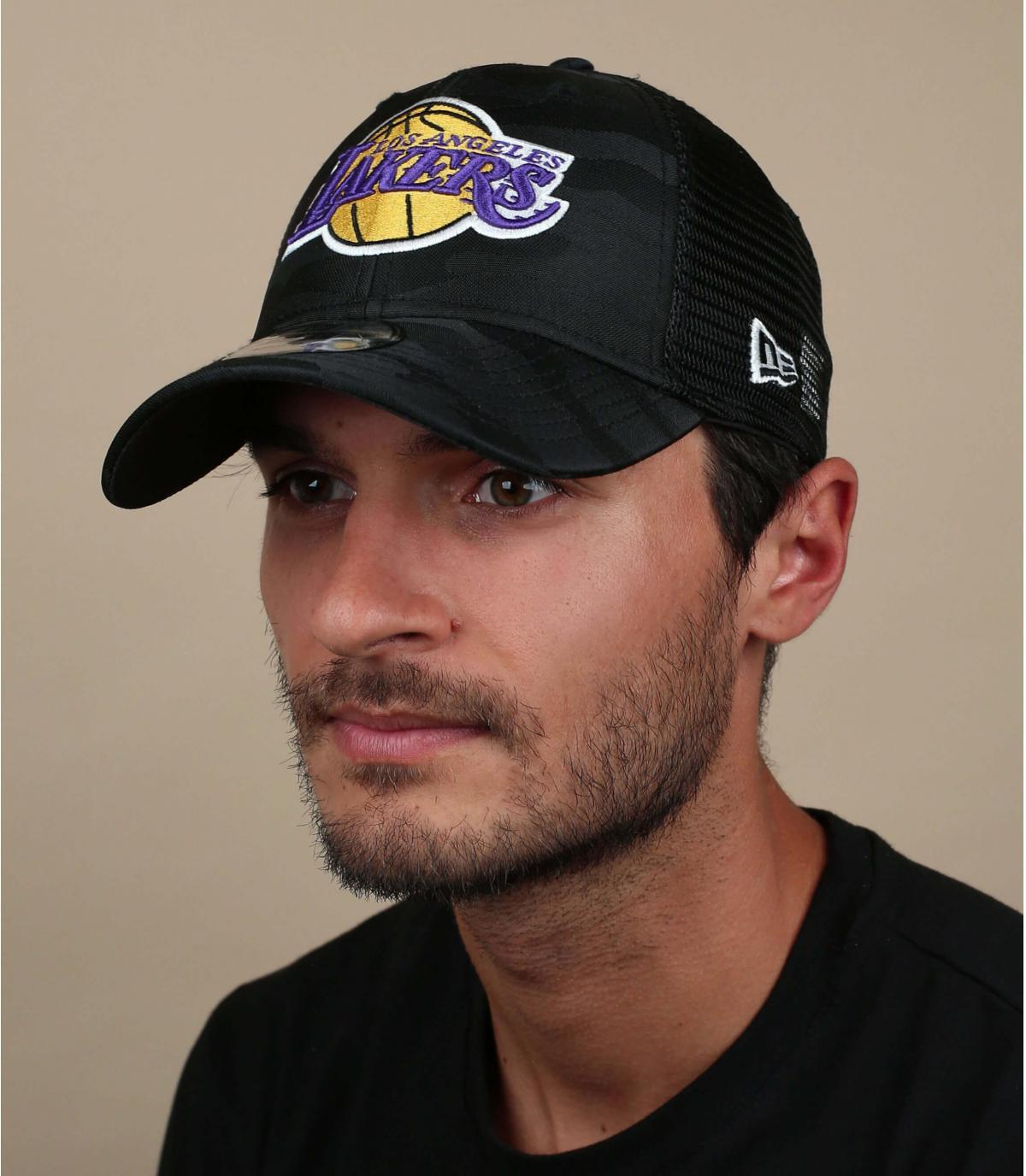 zwarte Lakers trucker