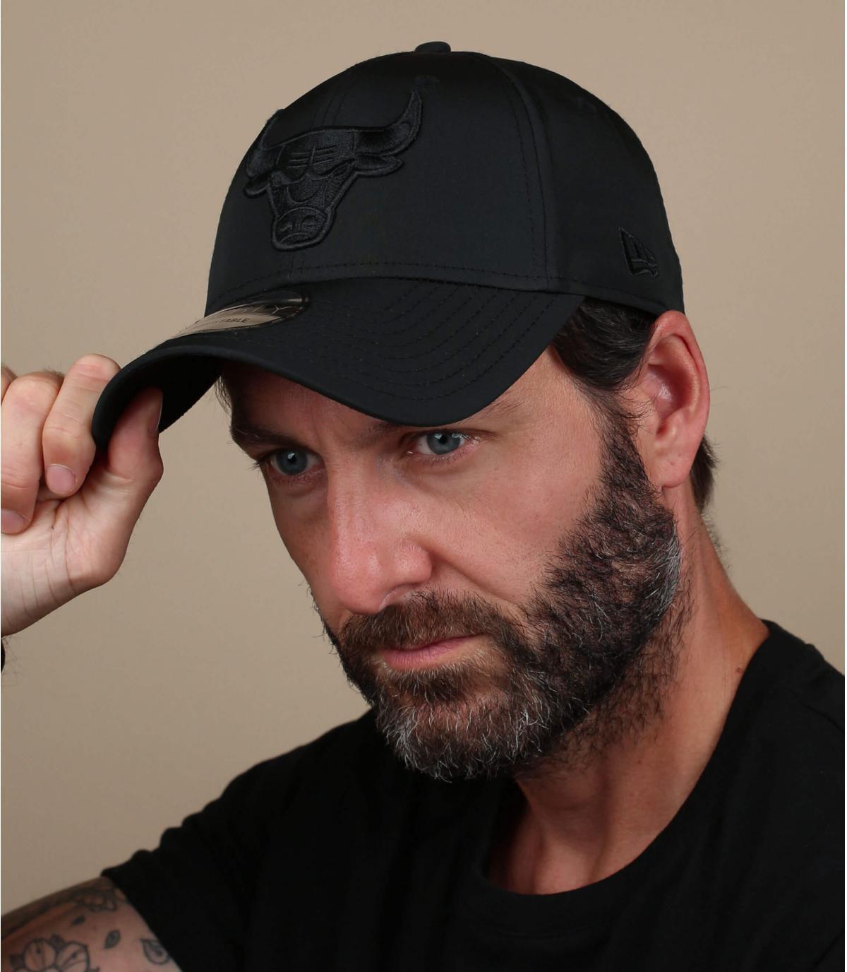 zwarte nylon bulls cap