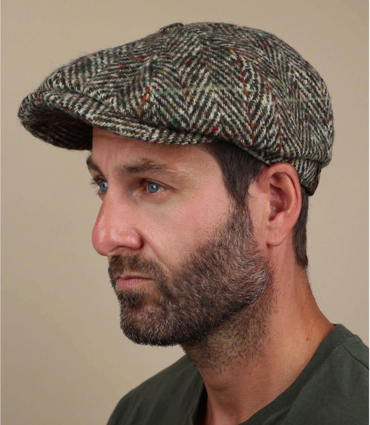 beige wol krantenverkoper baret