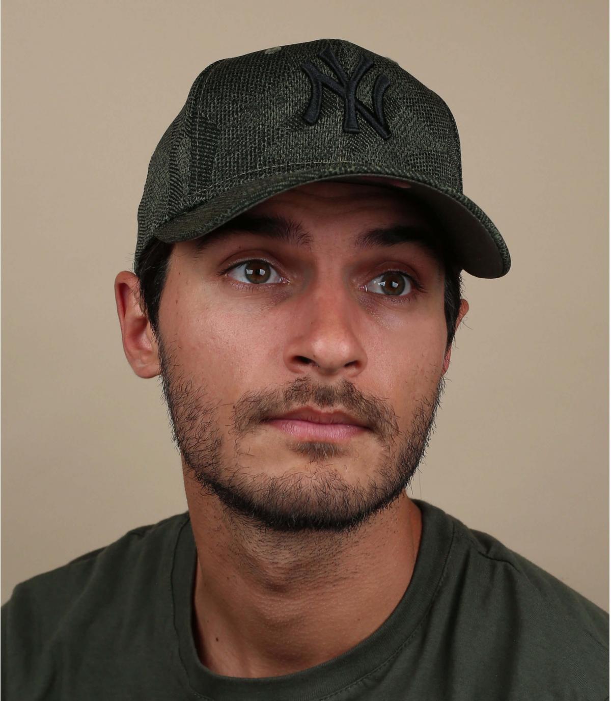 groene NY stretch cap