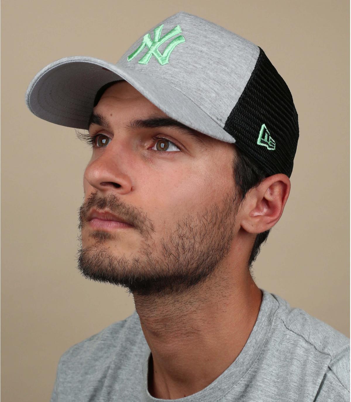 NY trucker grijs groen