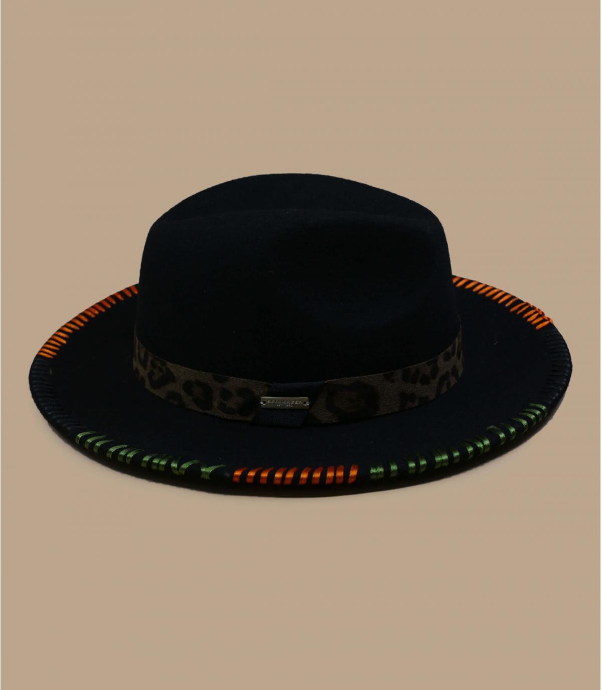 Geborduurde groene vilten hoed