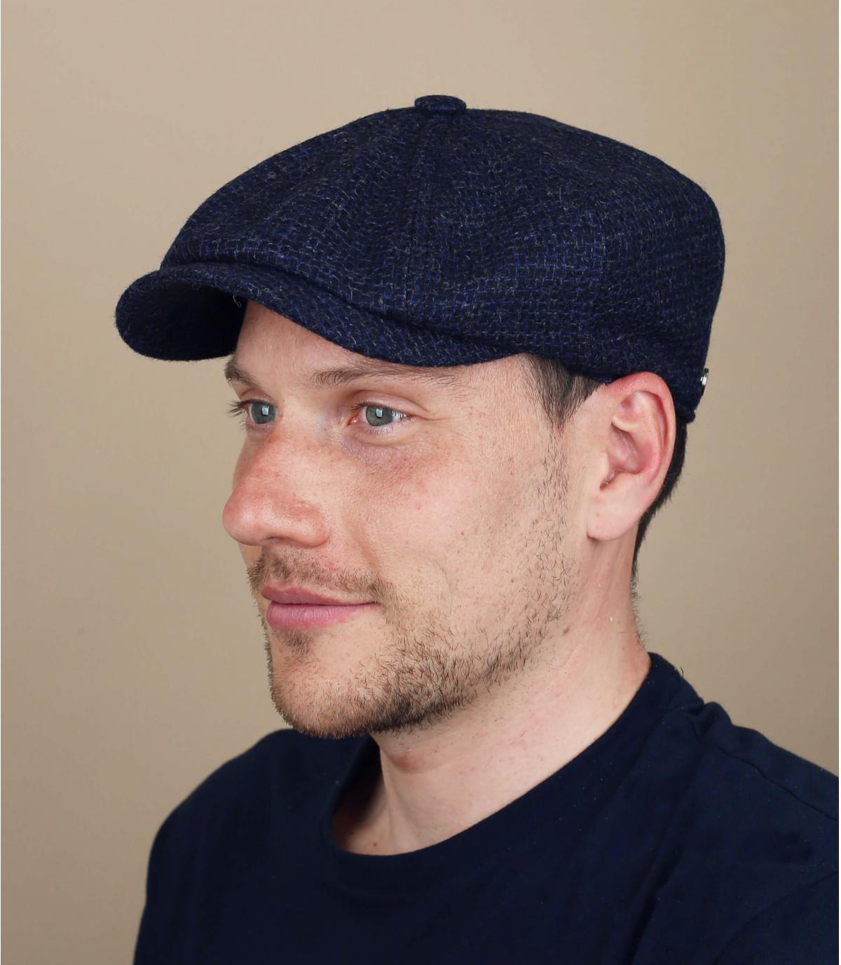 wol blauwe krantenverkoper baret