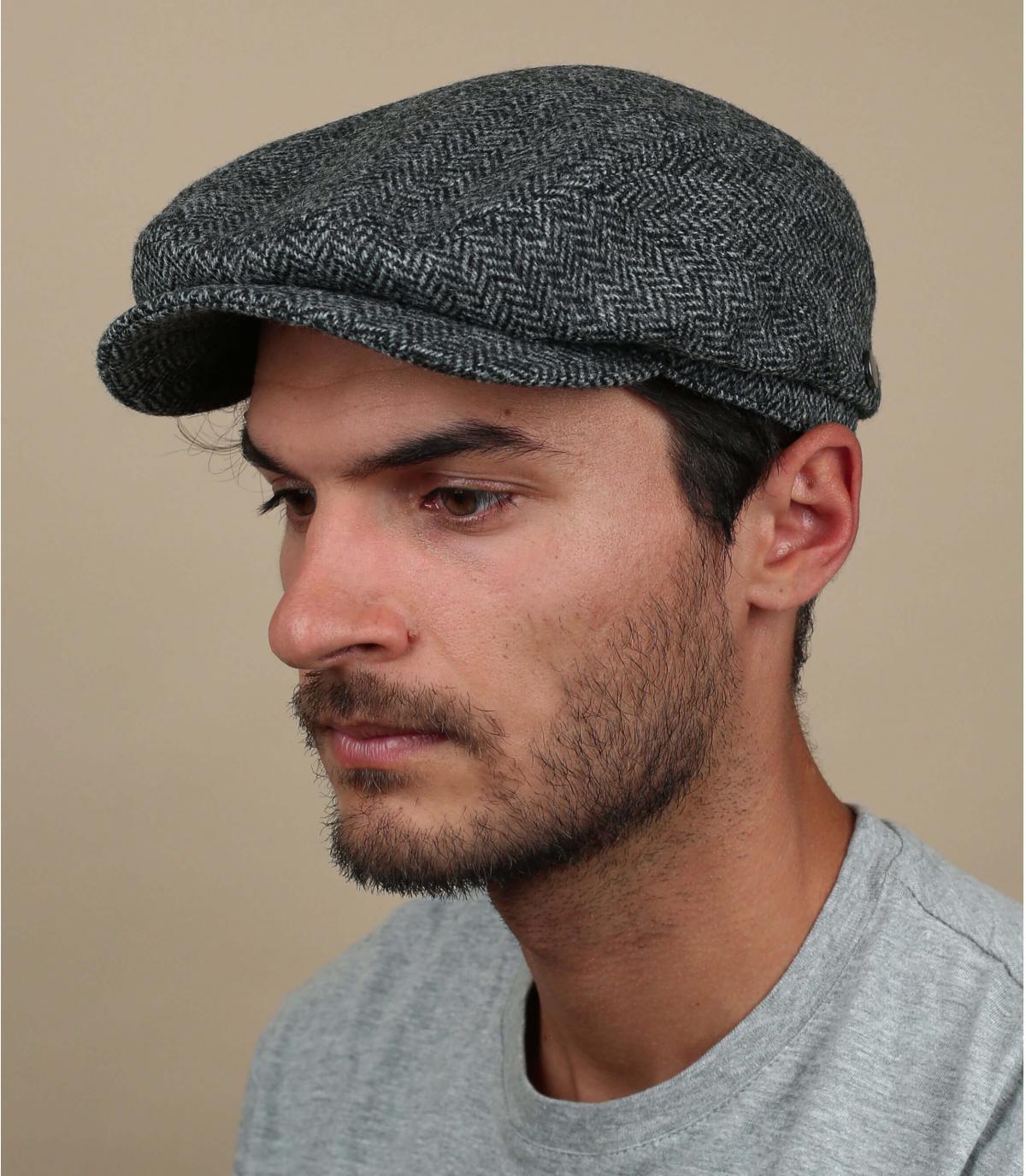 grijze wollen baret