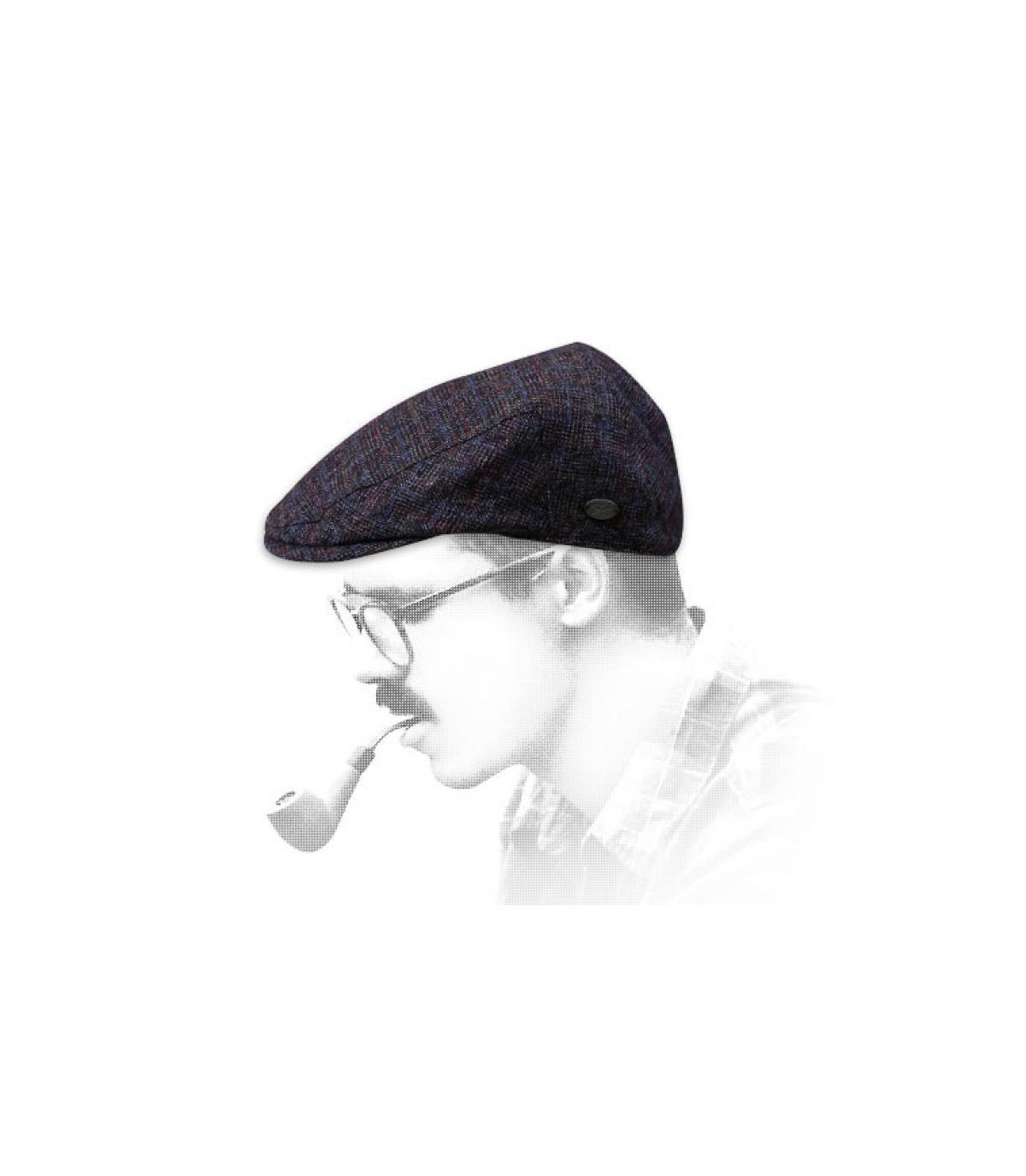 bordeauxrode geruite baret