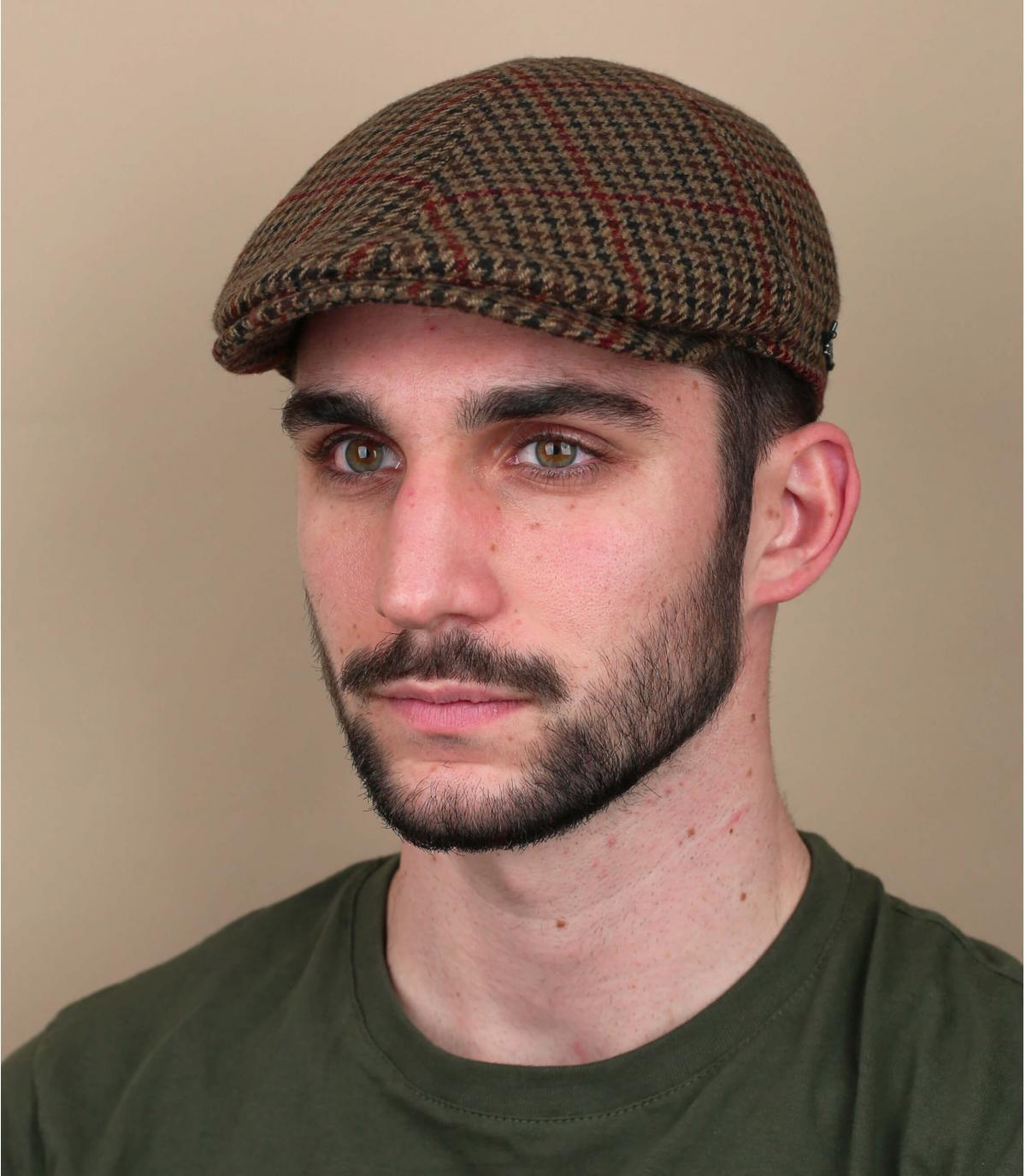 beige houndstooth baret