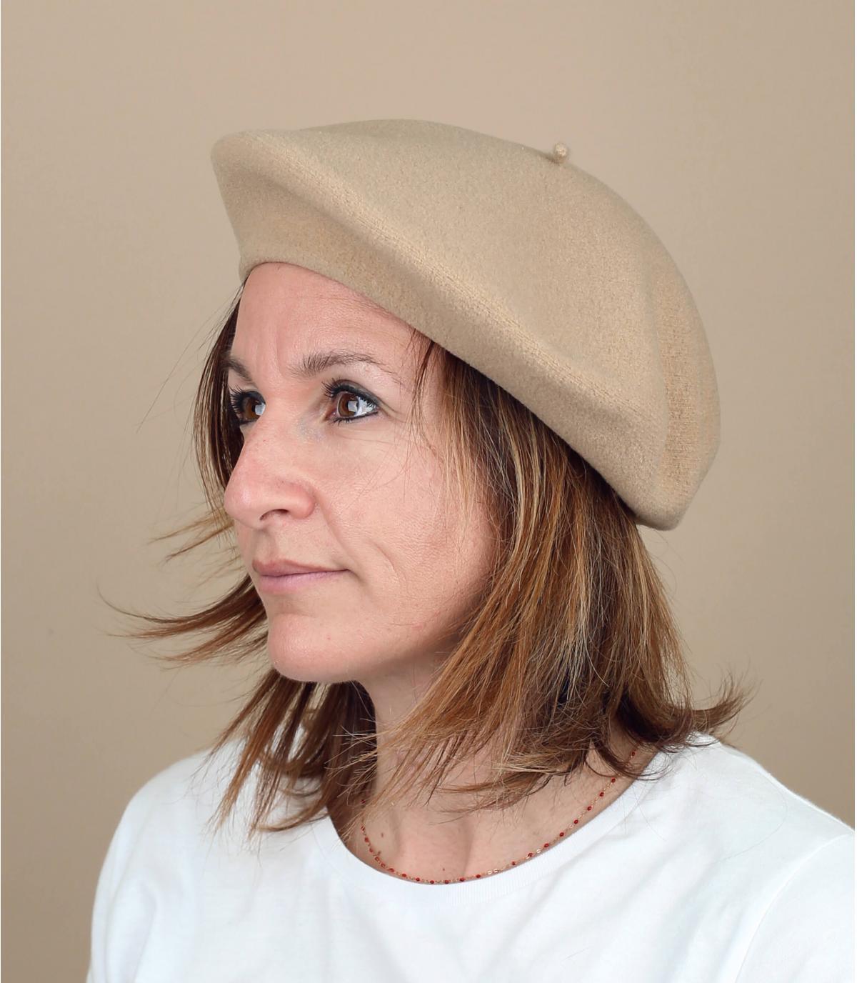Beige baret van Laulhère