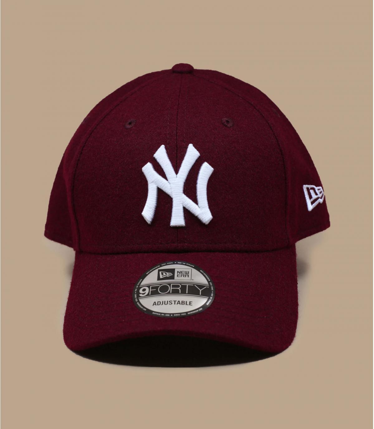 bordeauxrode wollen NY cap