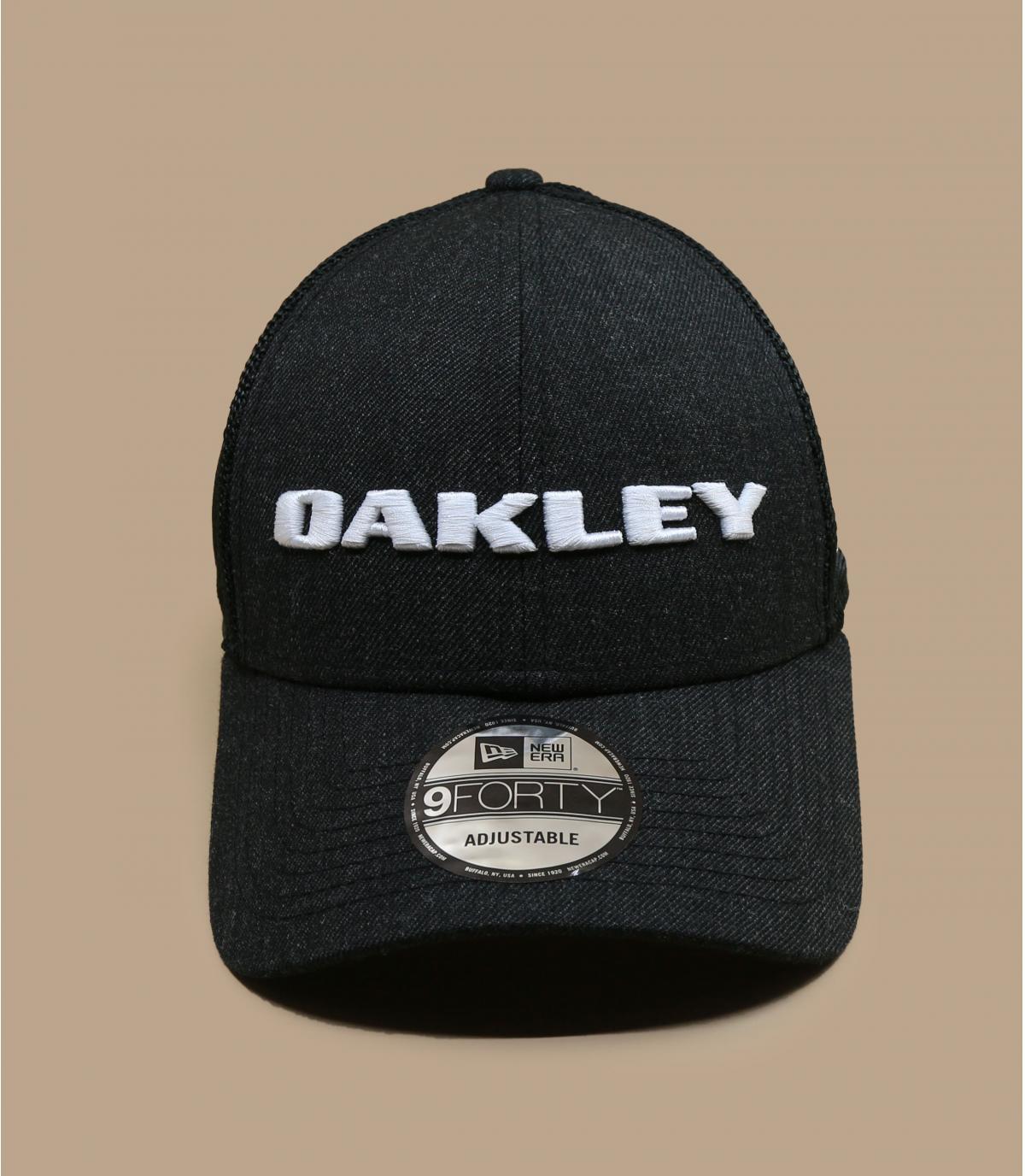 zwarte Oakley trucker