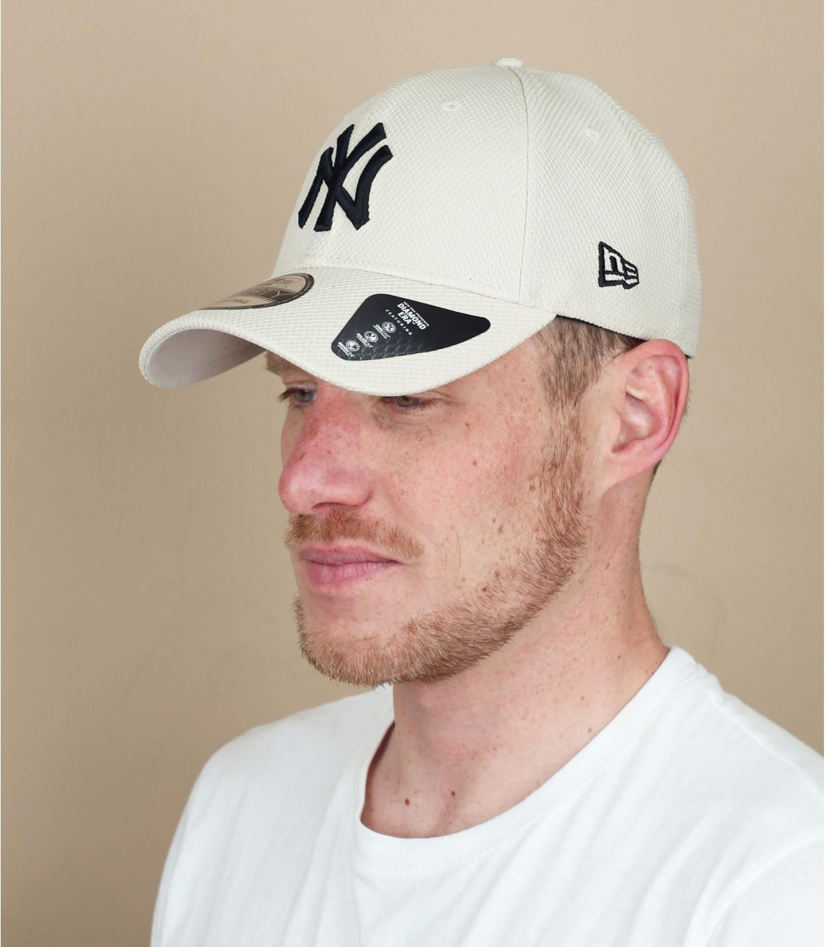 grijze NY cap