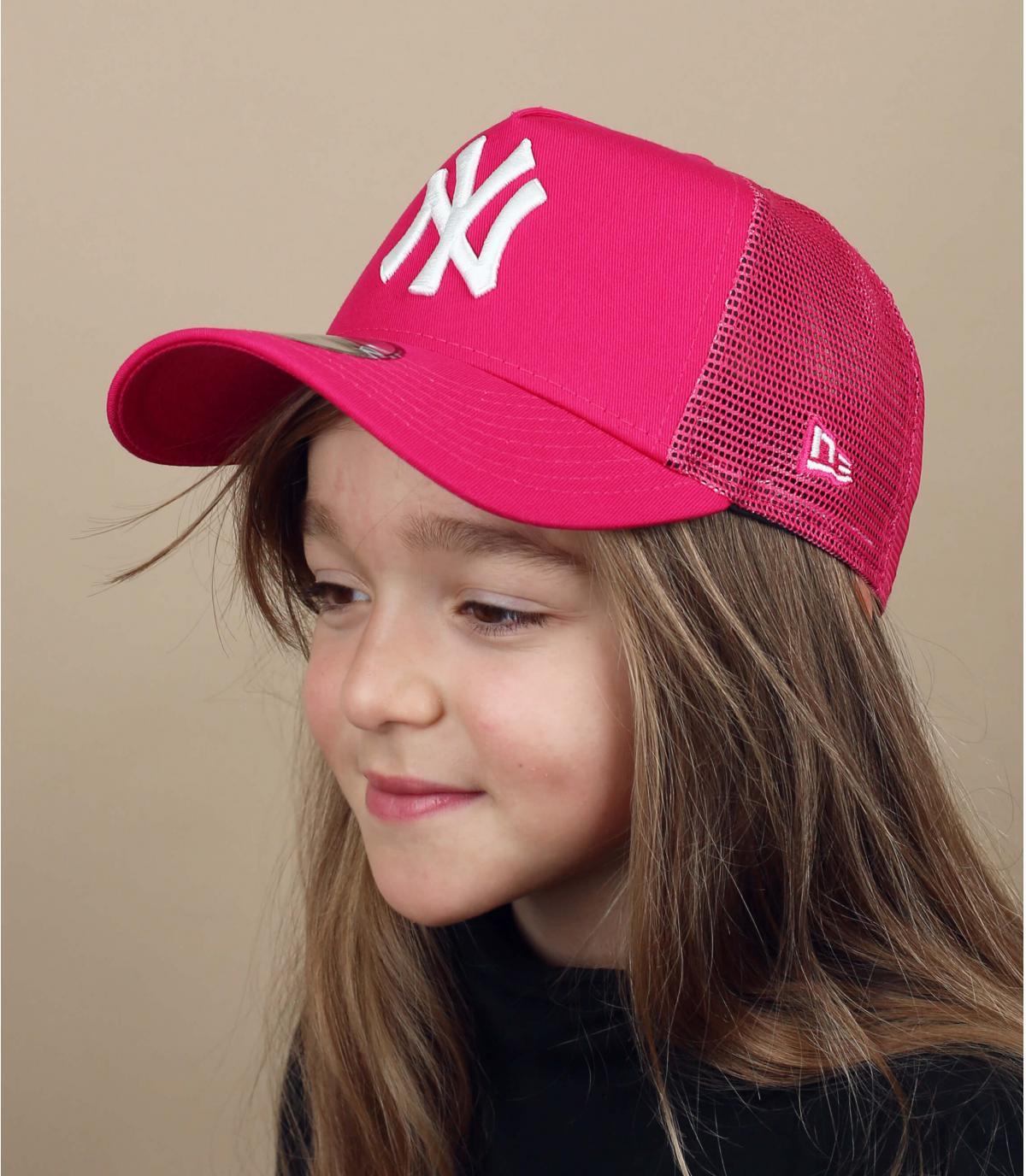 roze NY kinder trucker