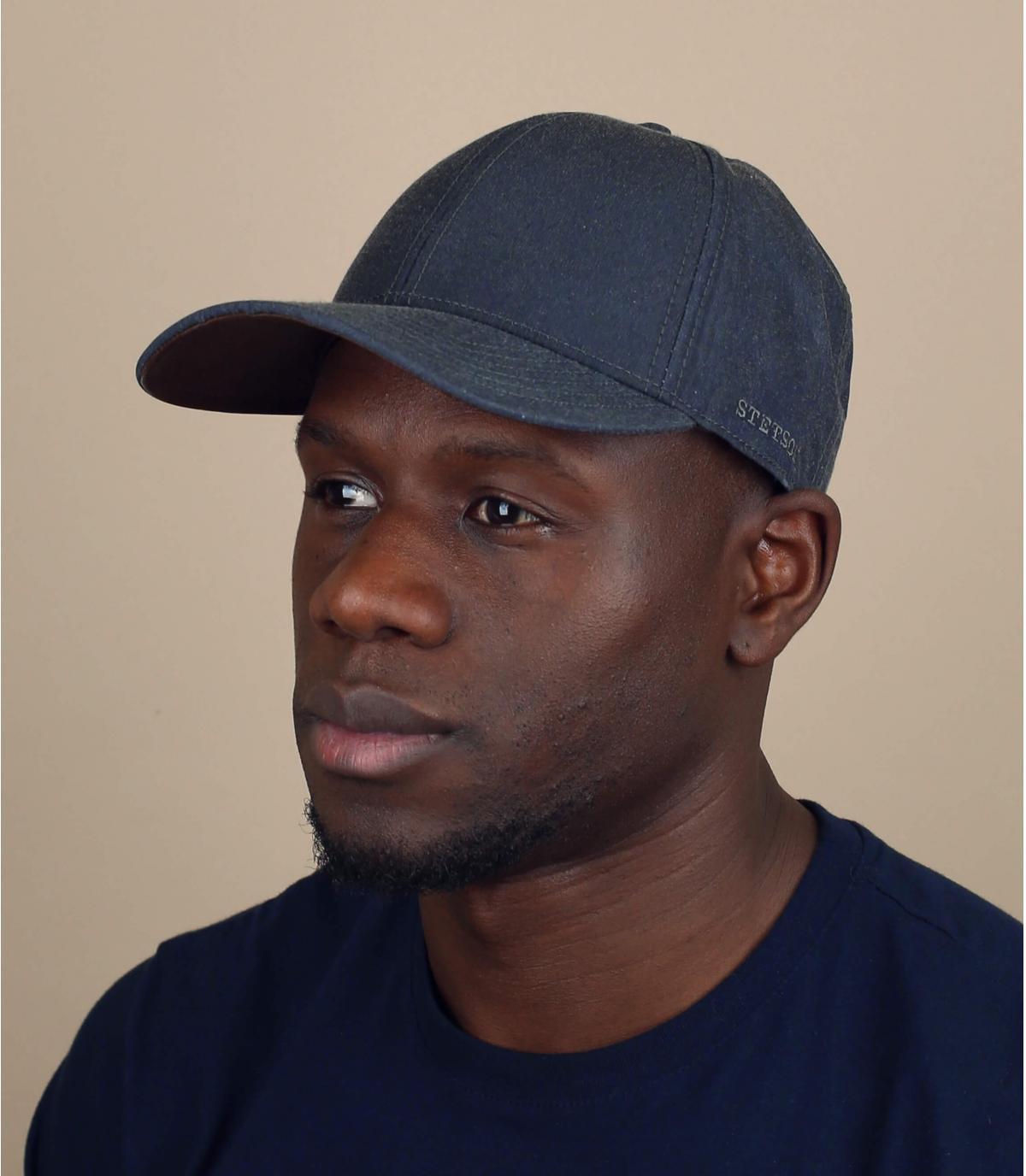 Grijze waterafstotende cap
